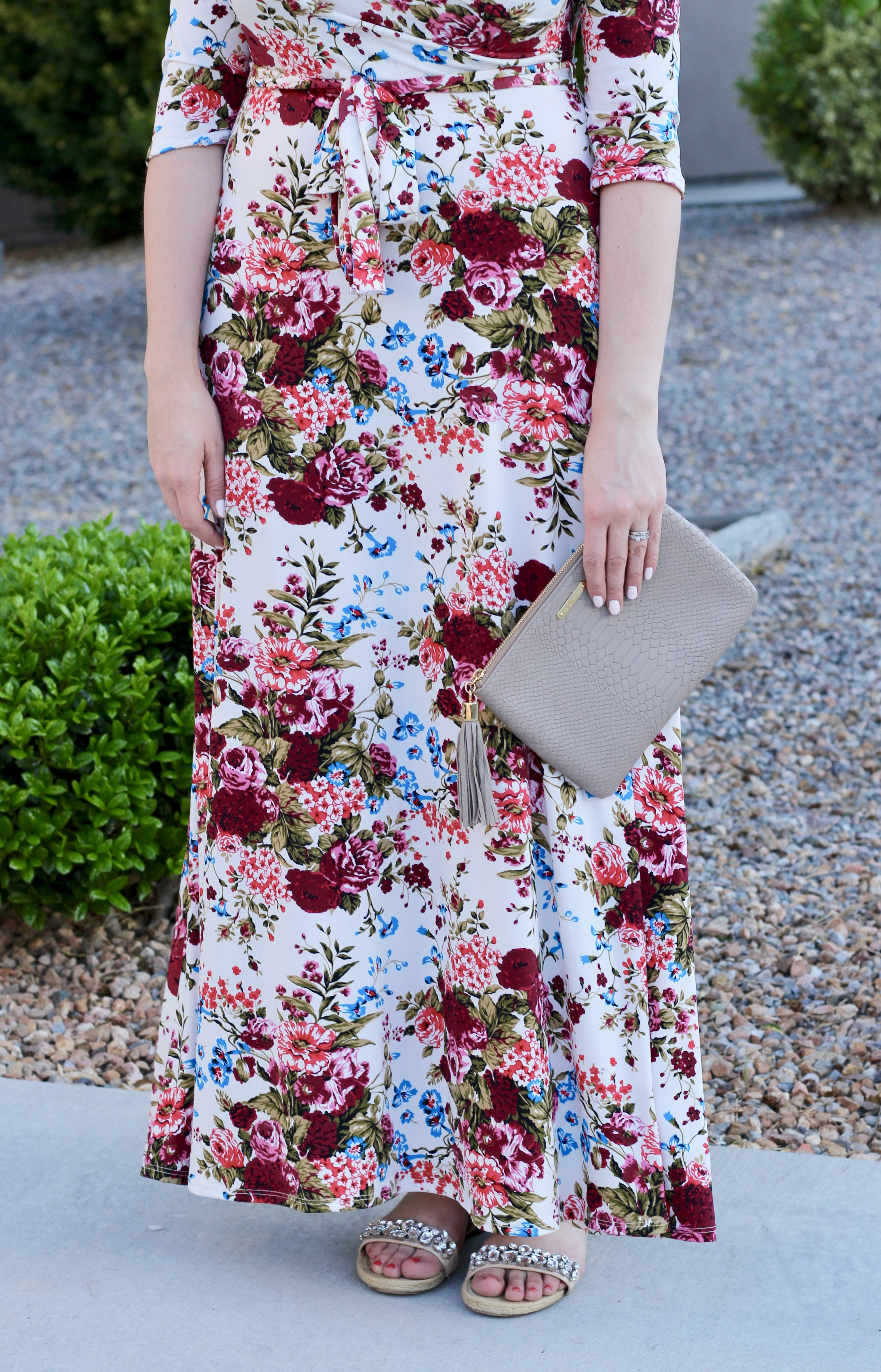 how to wear a floral wrap maxi dress