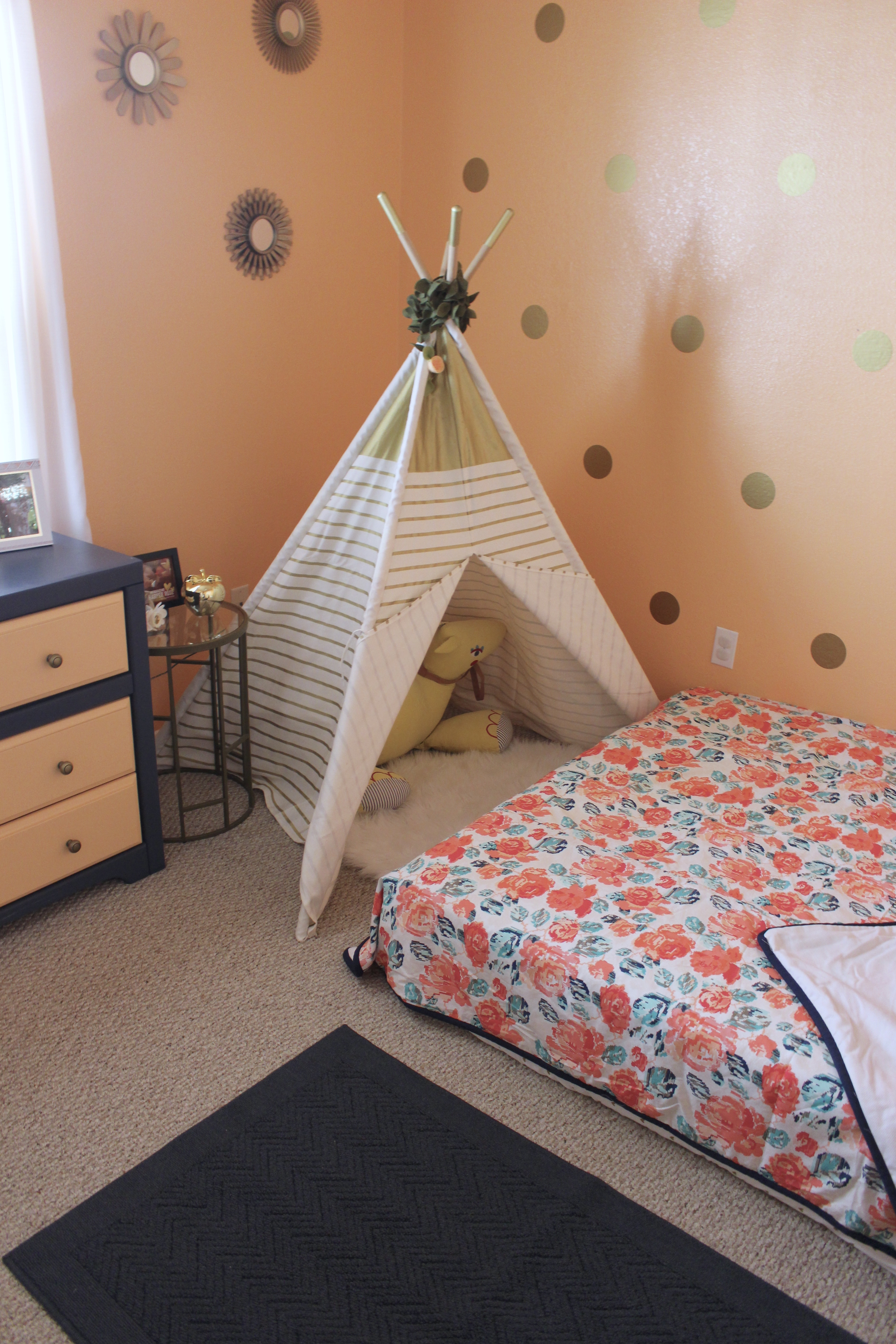 montessori-style-toddler-room