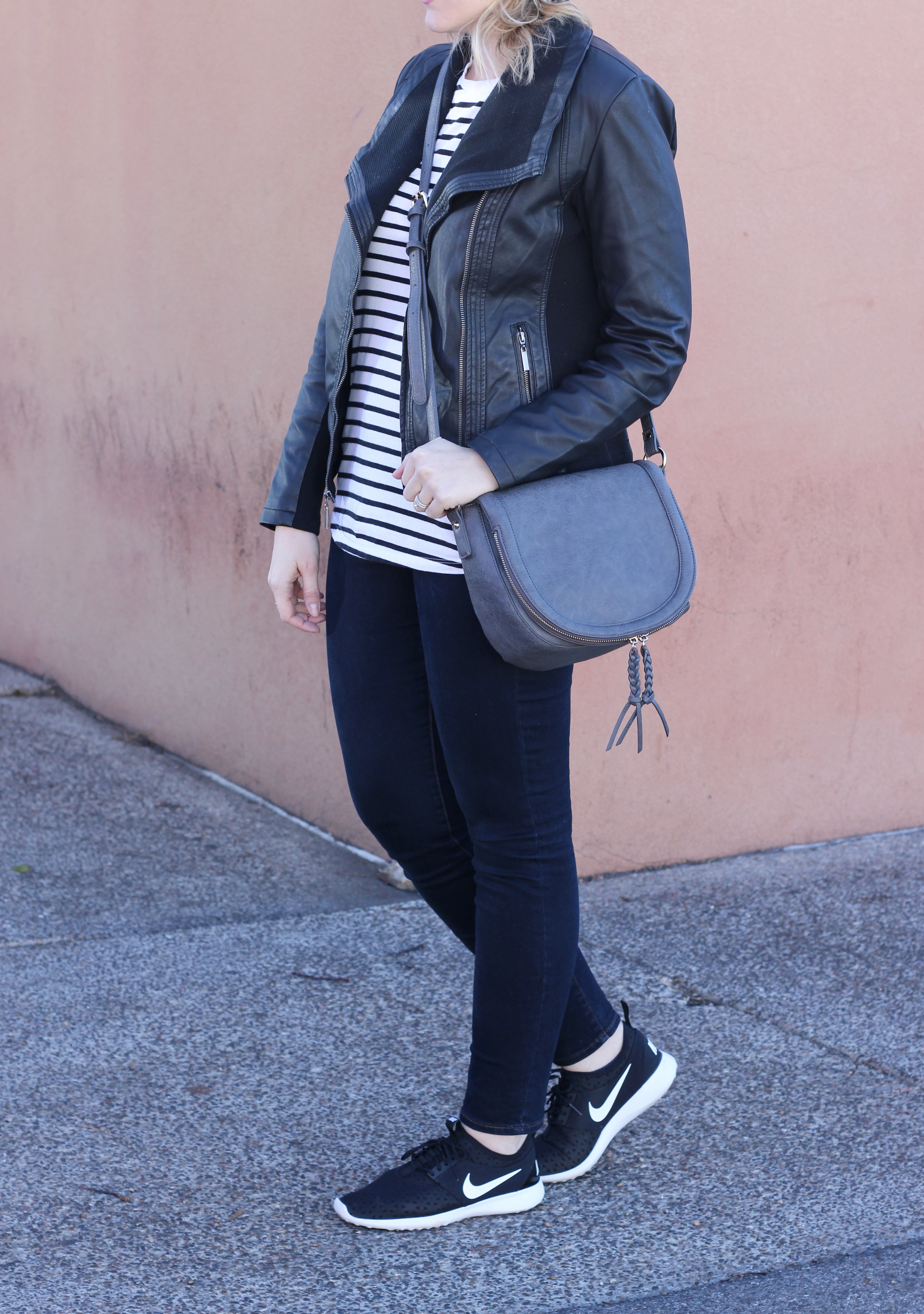 casual and cute mom style