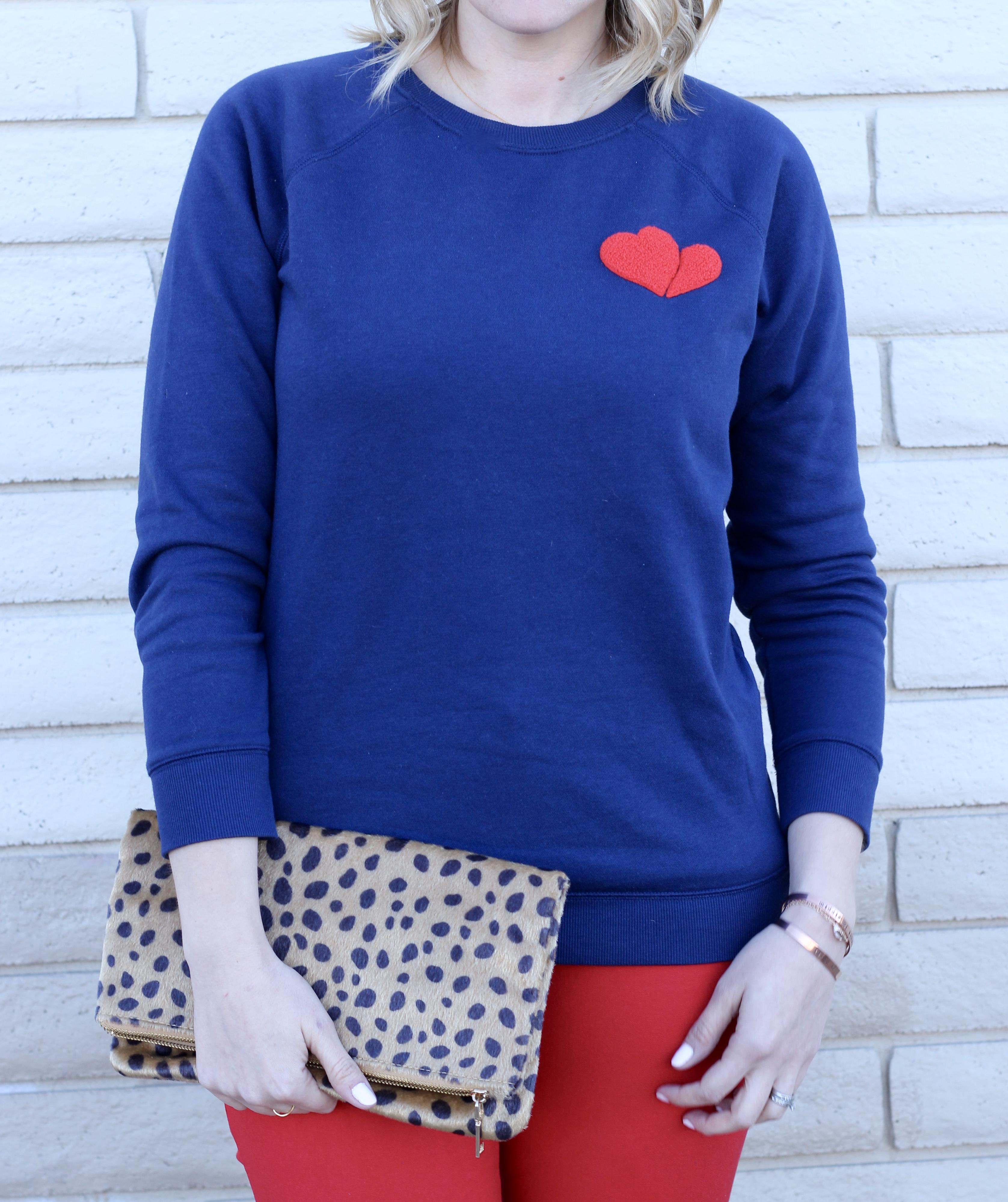 heart Old Navy graphic sweatshirt #oldnavystyle #valentinesday
