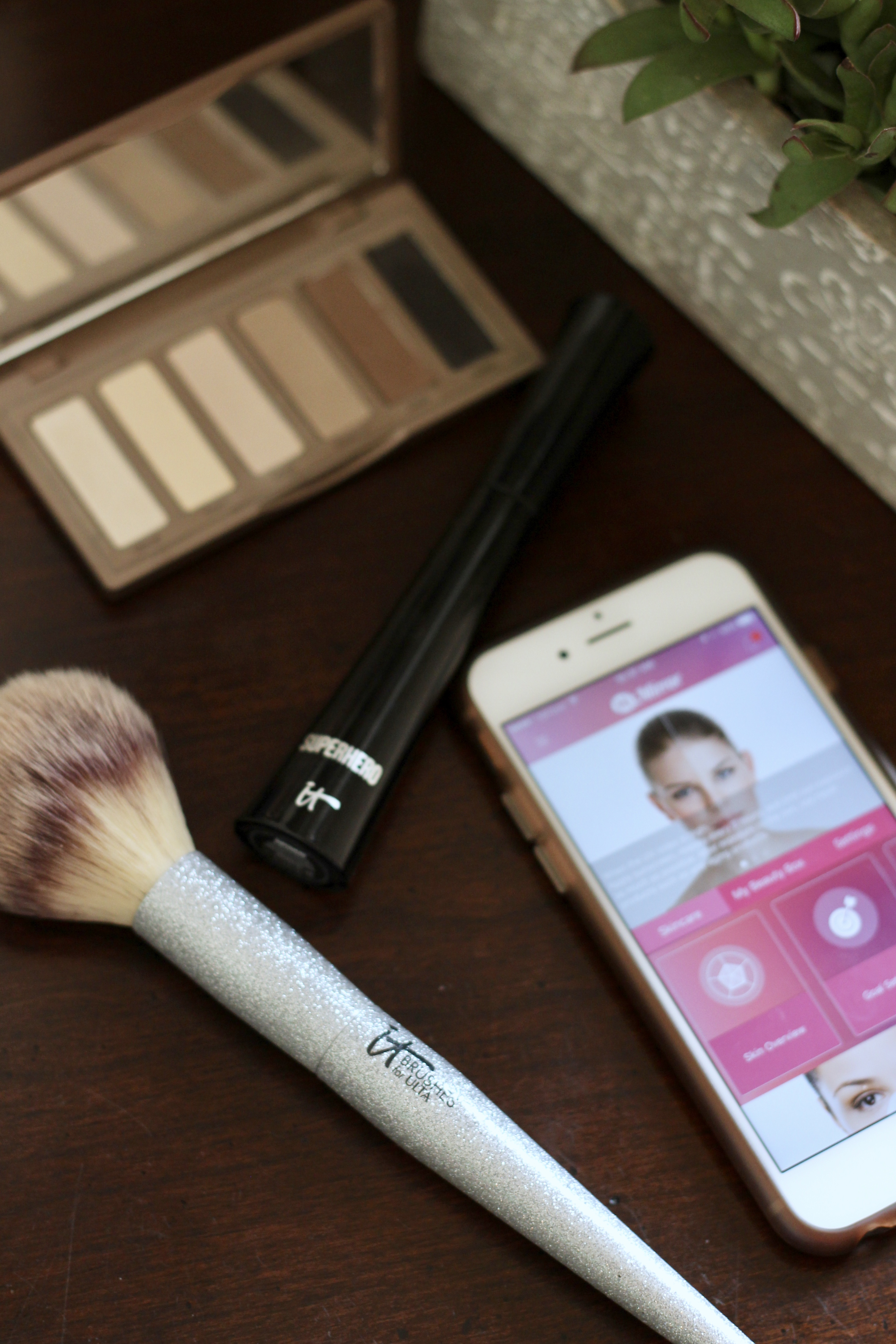 HiMirror review for makeup and skincare