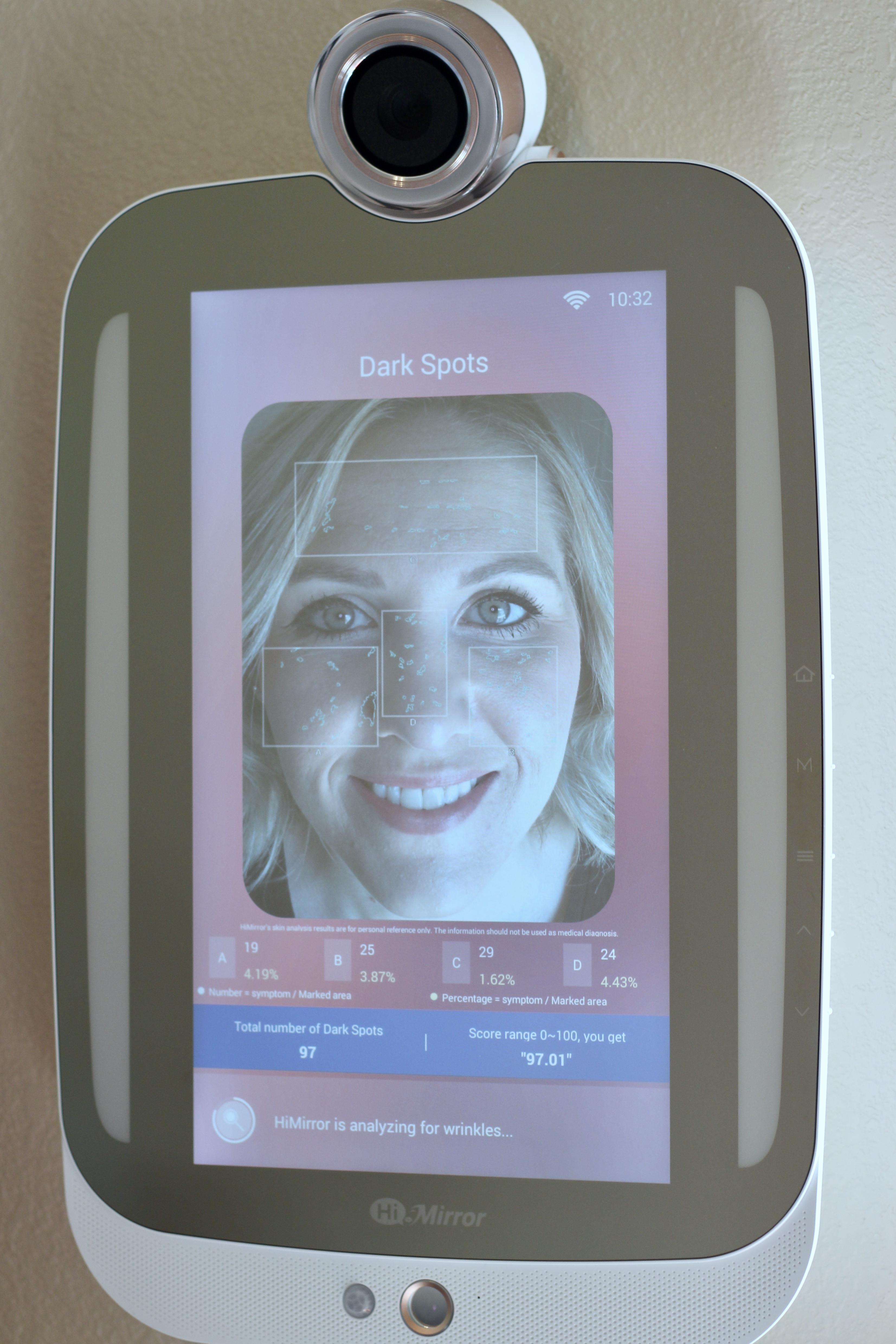 HiMirror Plus smart beauty mirror
