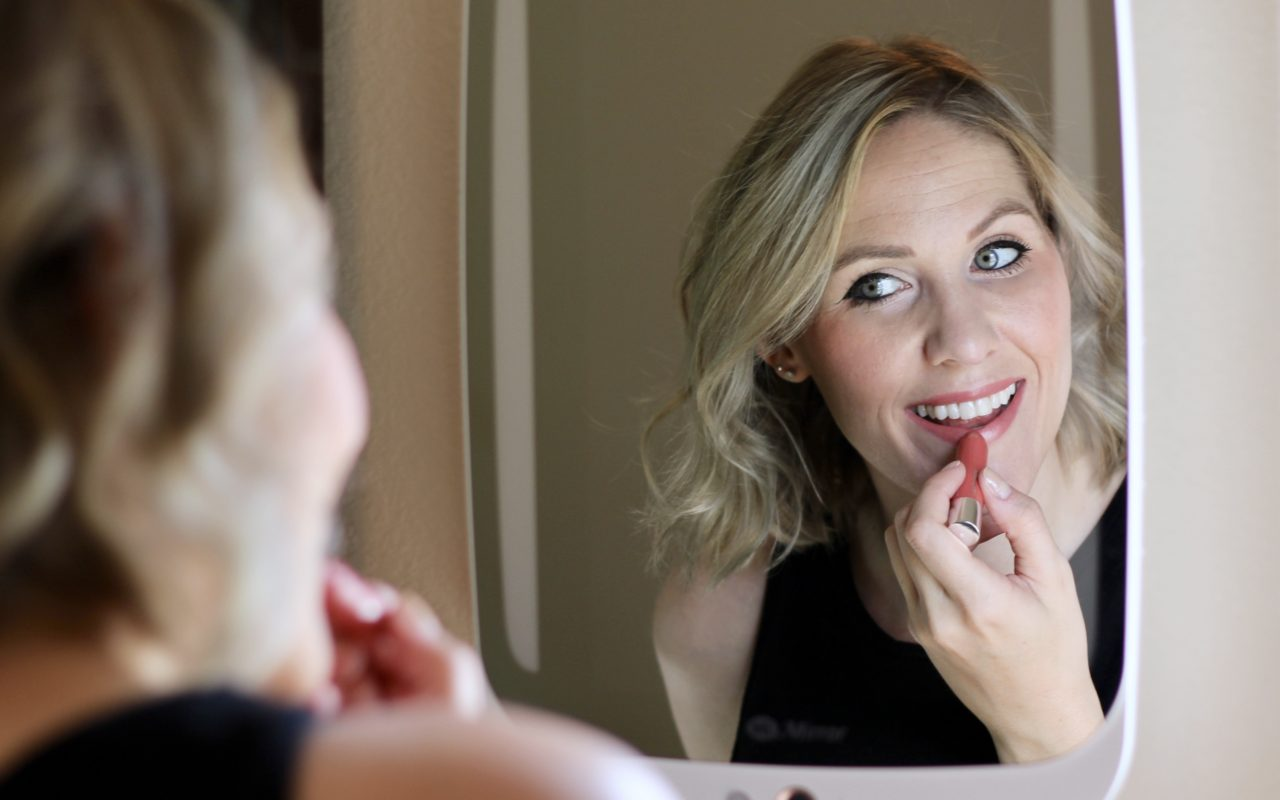 easy 10 minute makeup with HiMirror