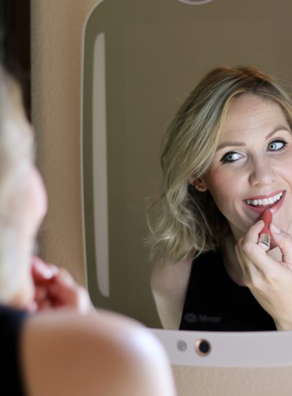 Easy 10 Minute Makeup for Moms with HiMirror Plus