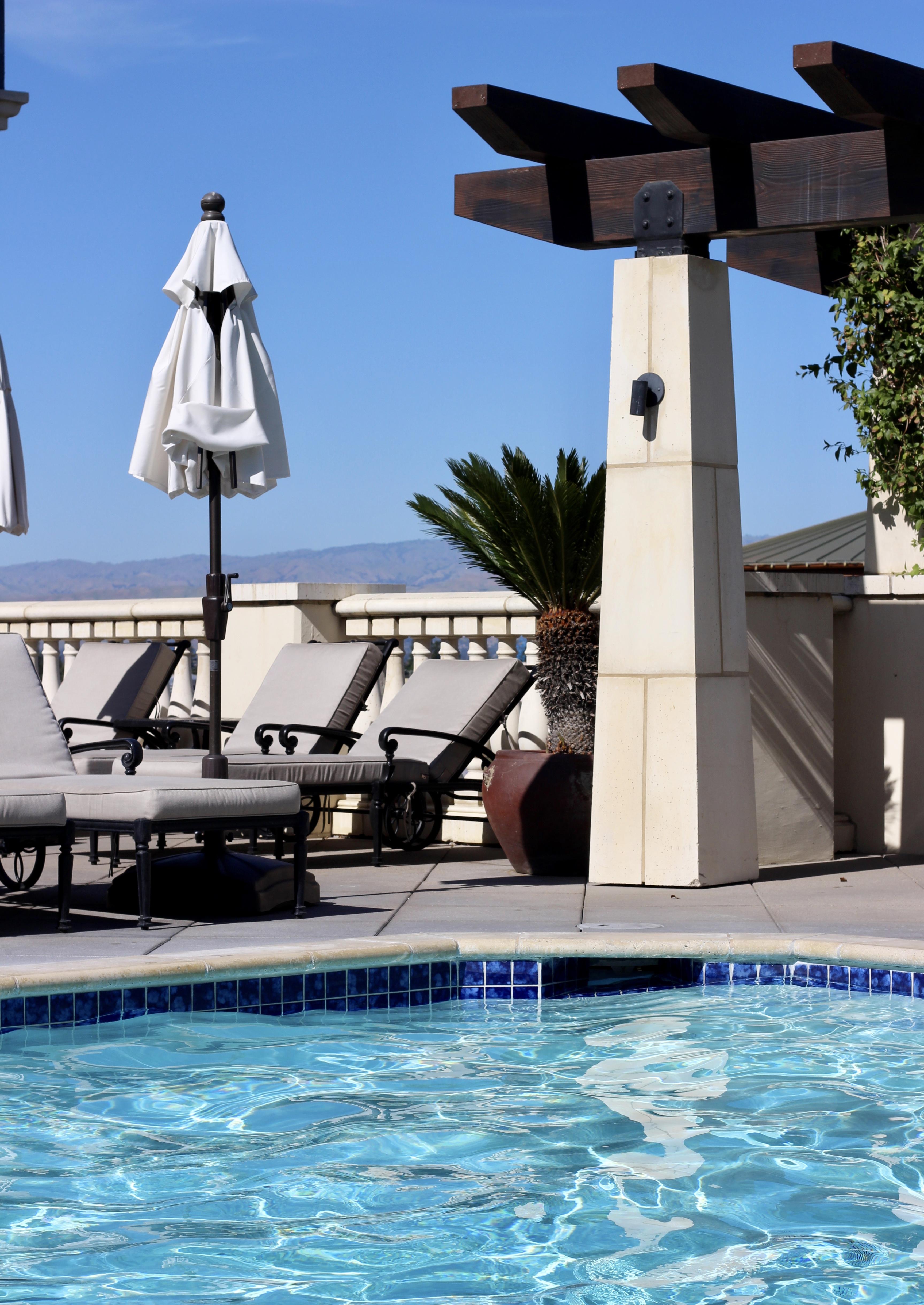 hotel valencia santana row pool