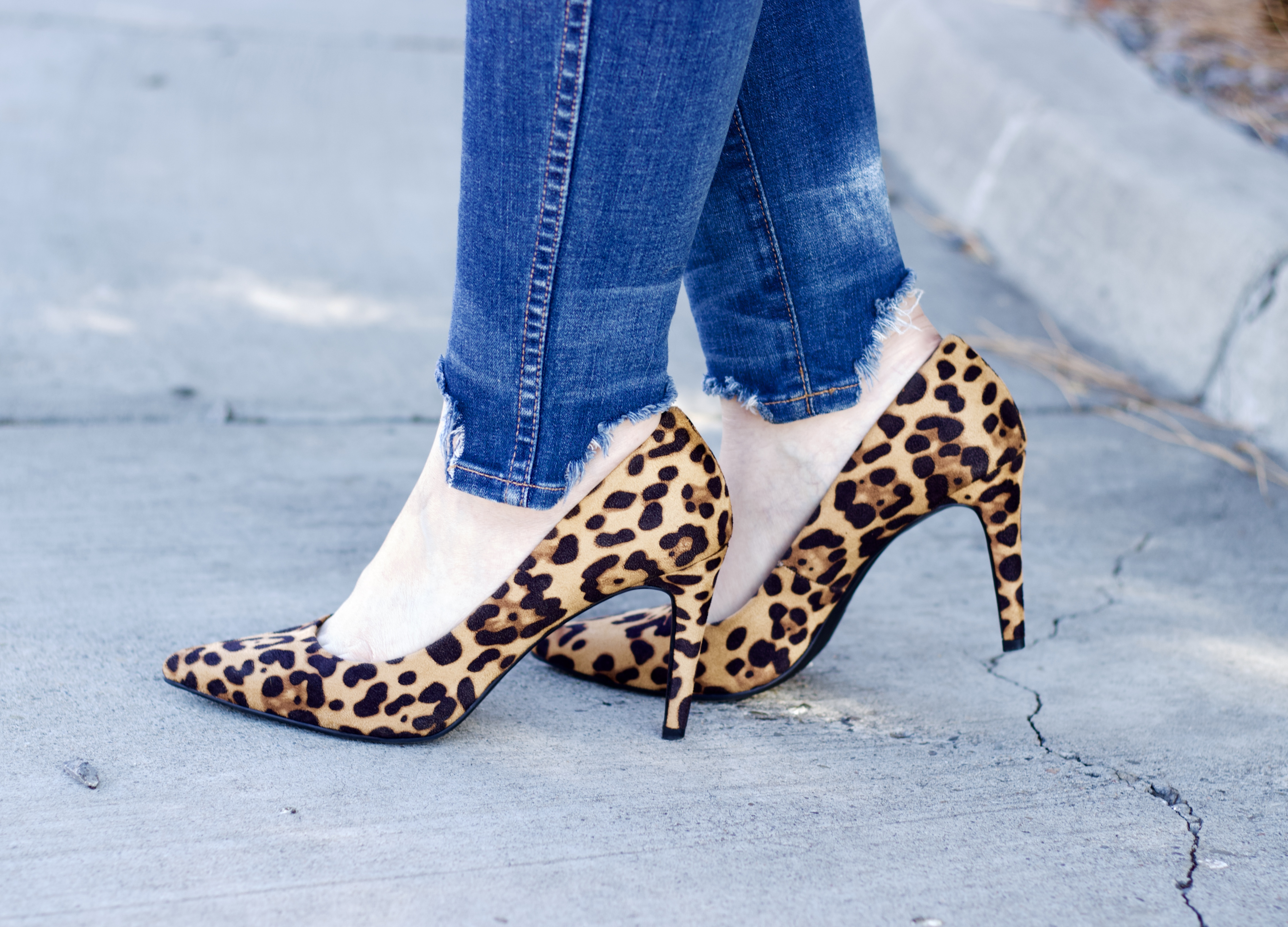 perfect leopard pumps #leopardheels #datenight #datenightstyle
