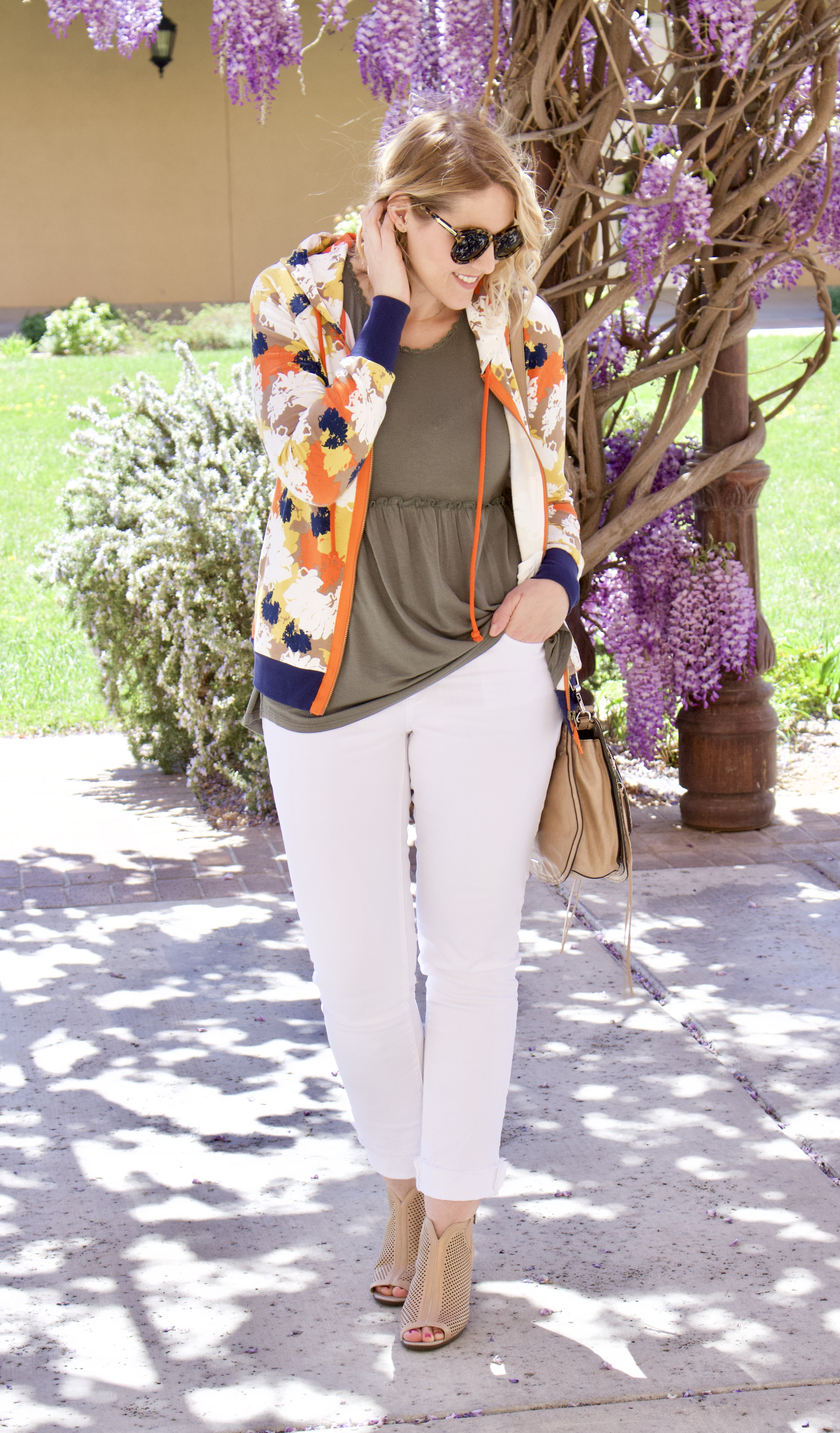 floral print jacket from Evy's Tree #evystree #floralprint #springstyle