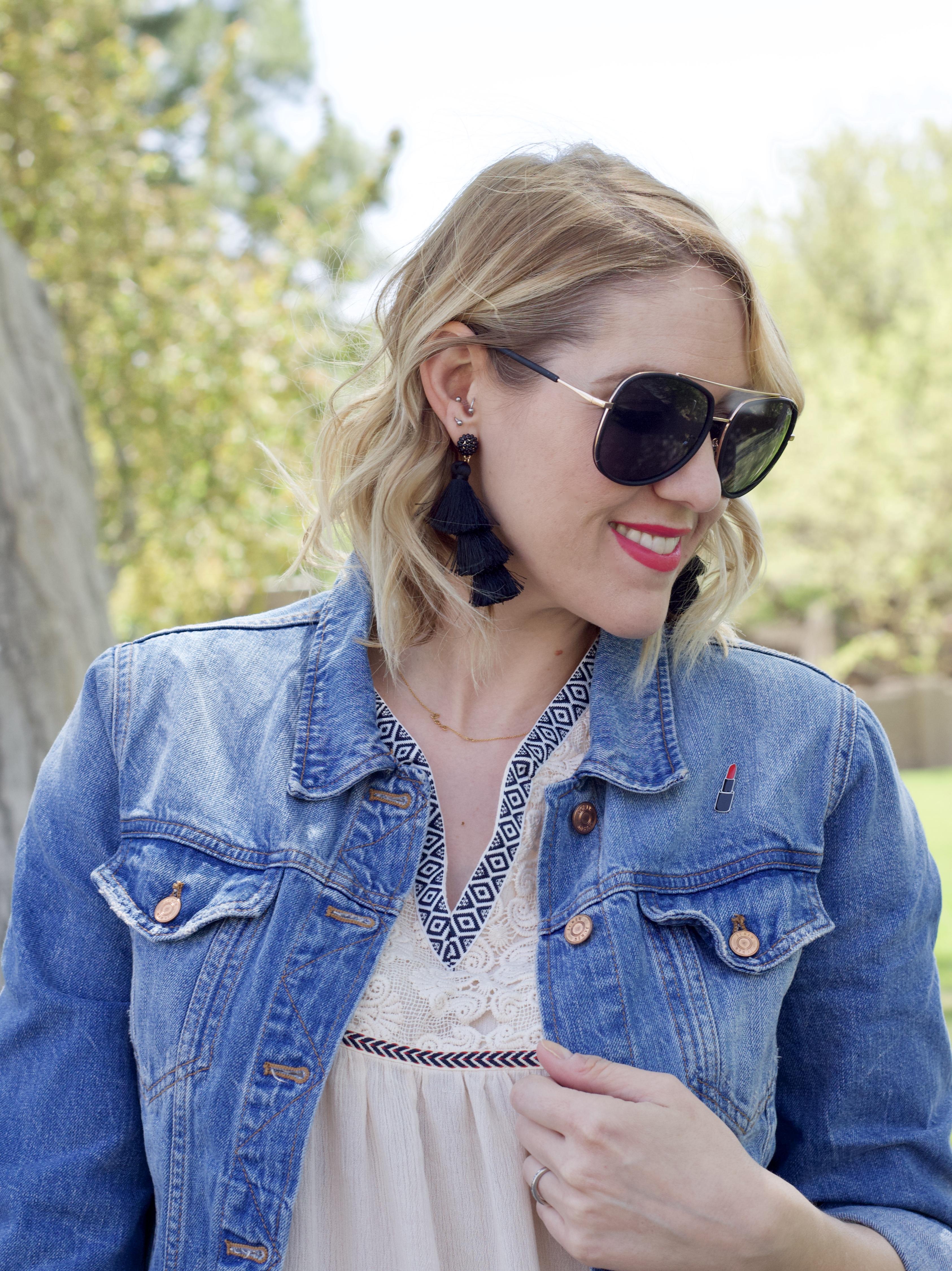 jcrew classic jean jacket, baublebar tassel earrings # baublebar #tasselearrings #denimjacket #quaysunglasses