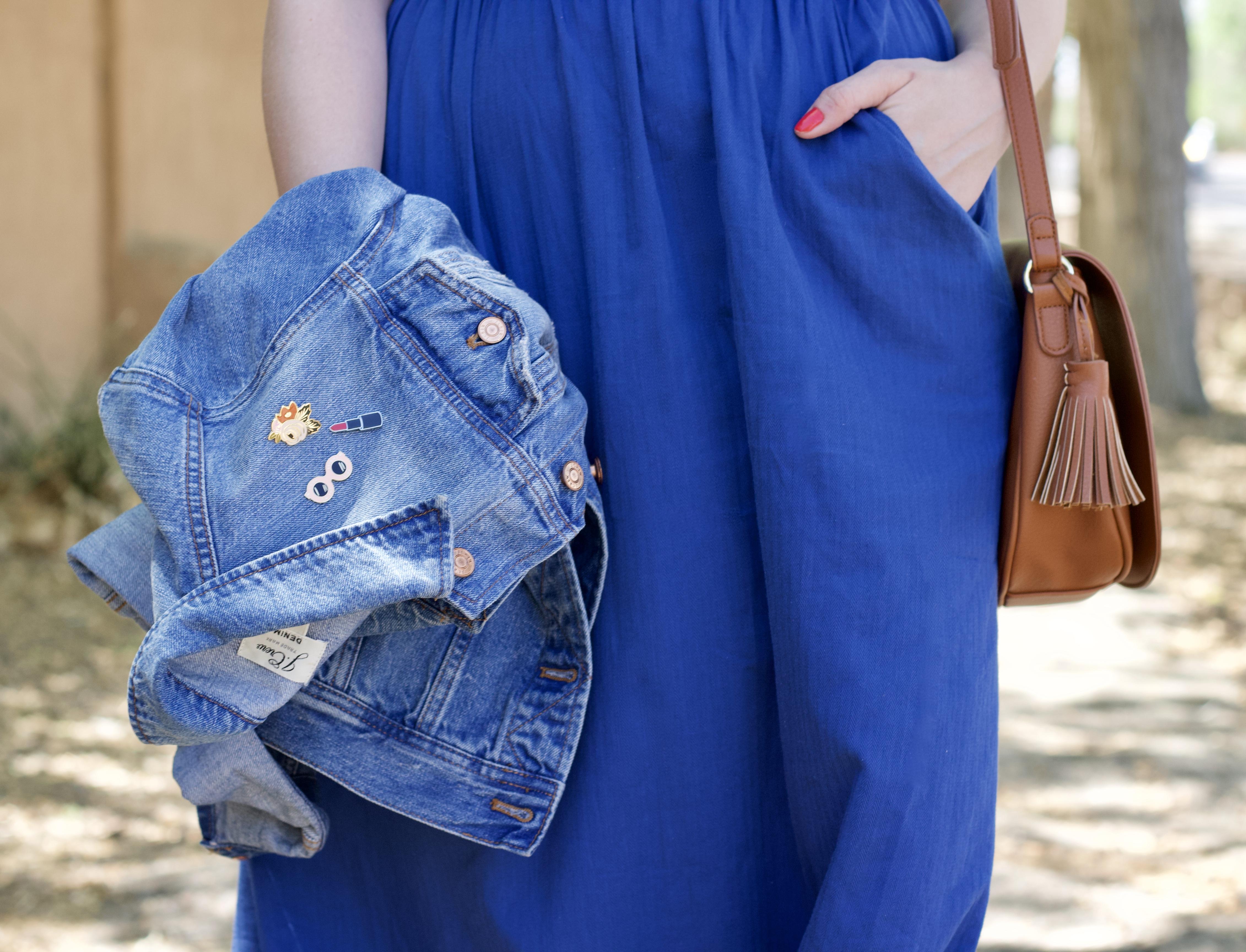 jcrew denim jacket enamel pins #jcrew #denimjacket #outfitdetails #accessories