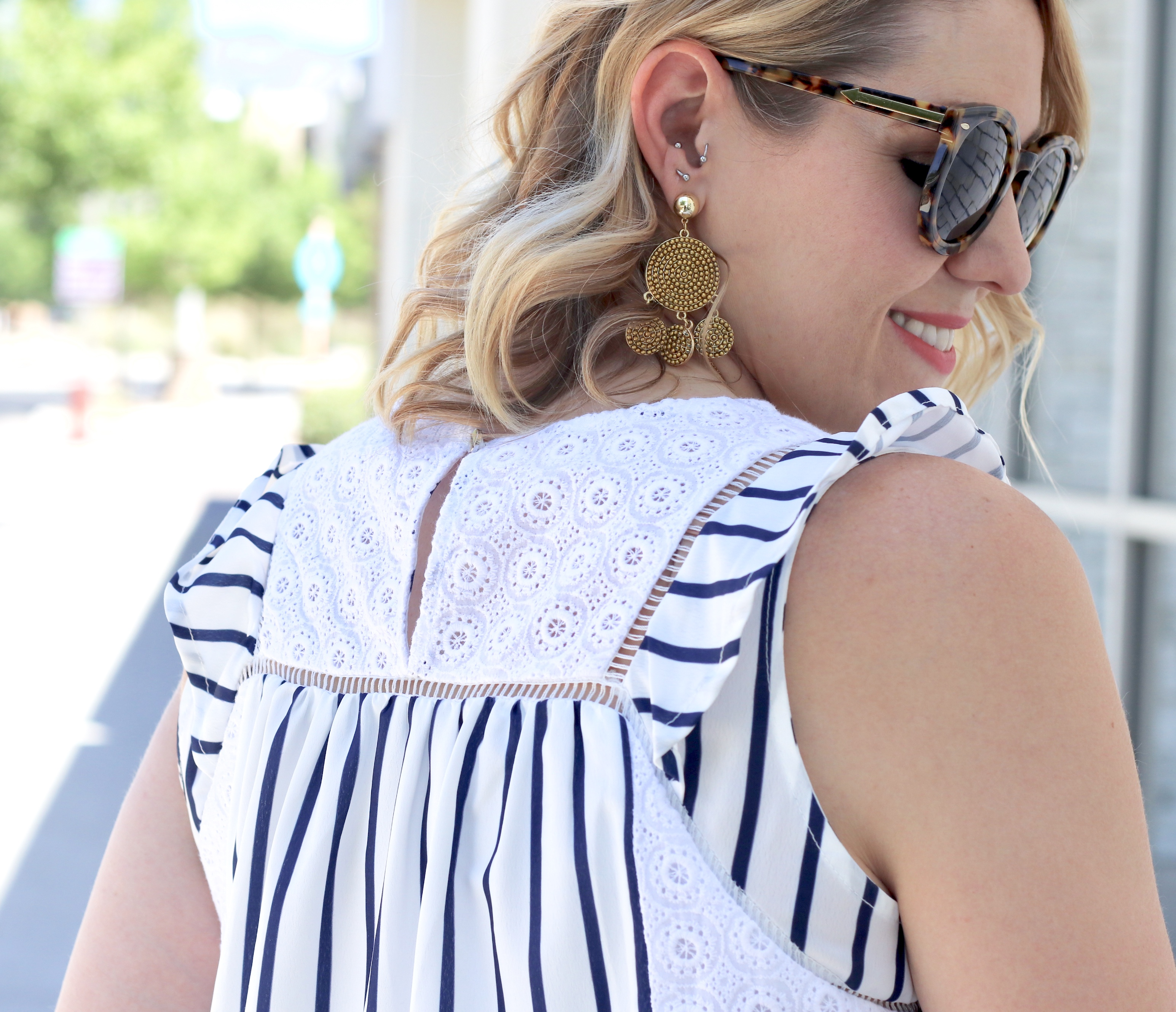 eyelet striped blouse sugarfix earrings #baublebar #sugarfix #statementearrings #eyelet