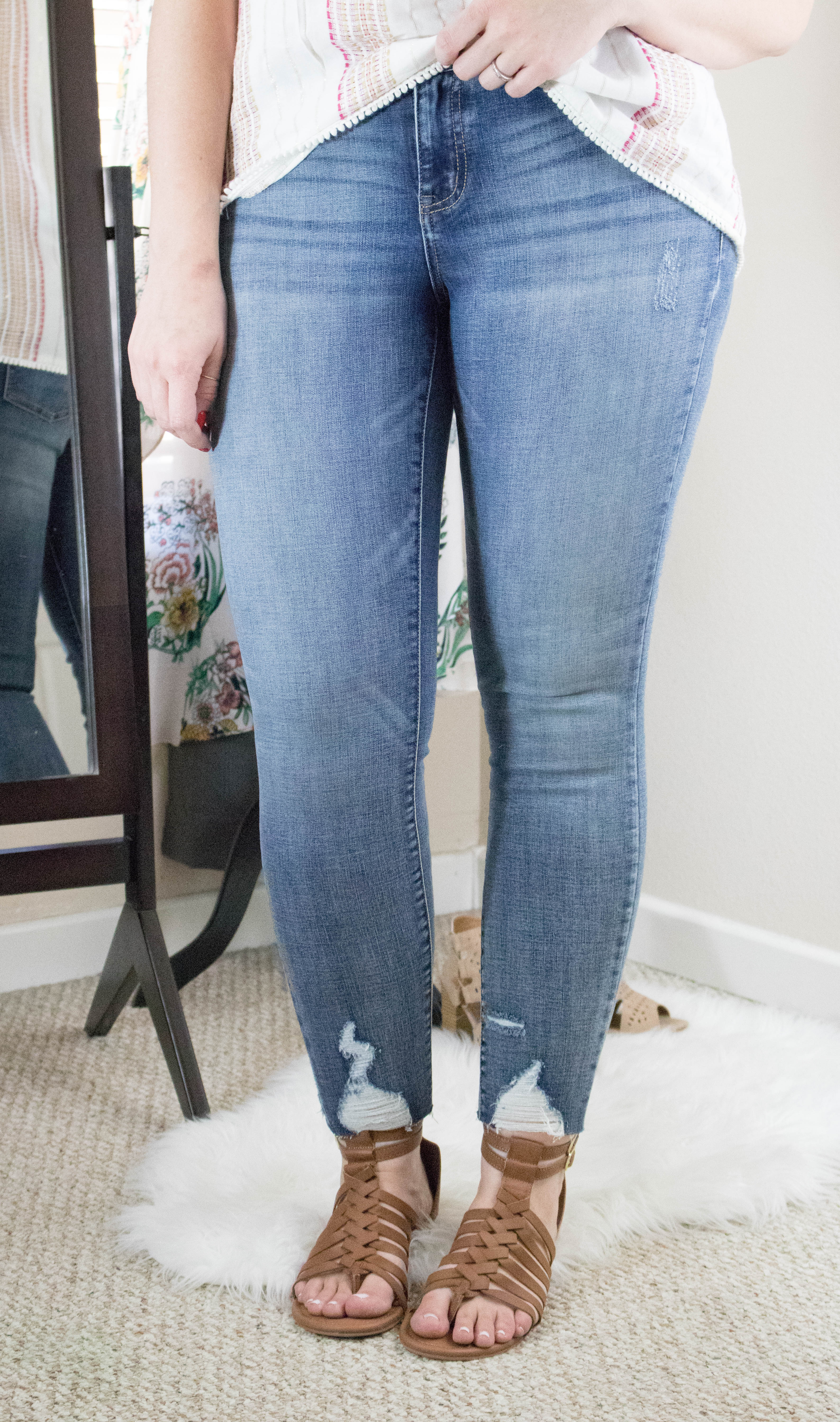 distressed denim maurices #distresseddenim #skinnyjeans #outfitdetails