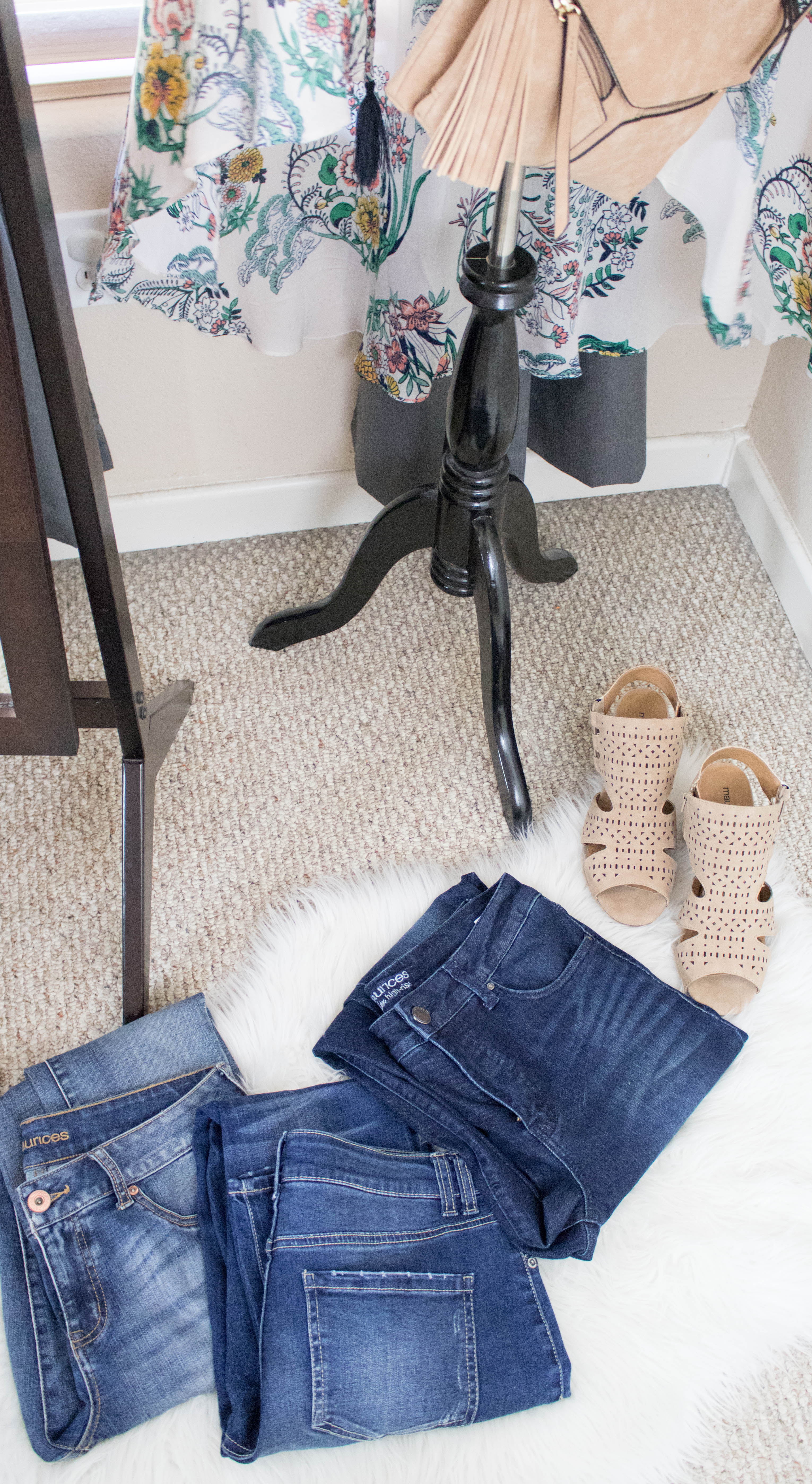 denim try on with maurices #denim #style #momstyle