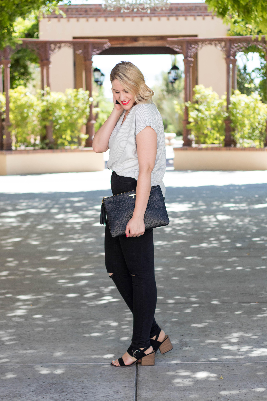 black heels to wear into fall #fallfashion #fallstyle #blackheels