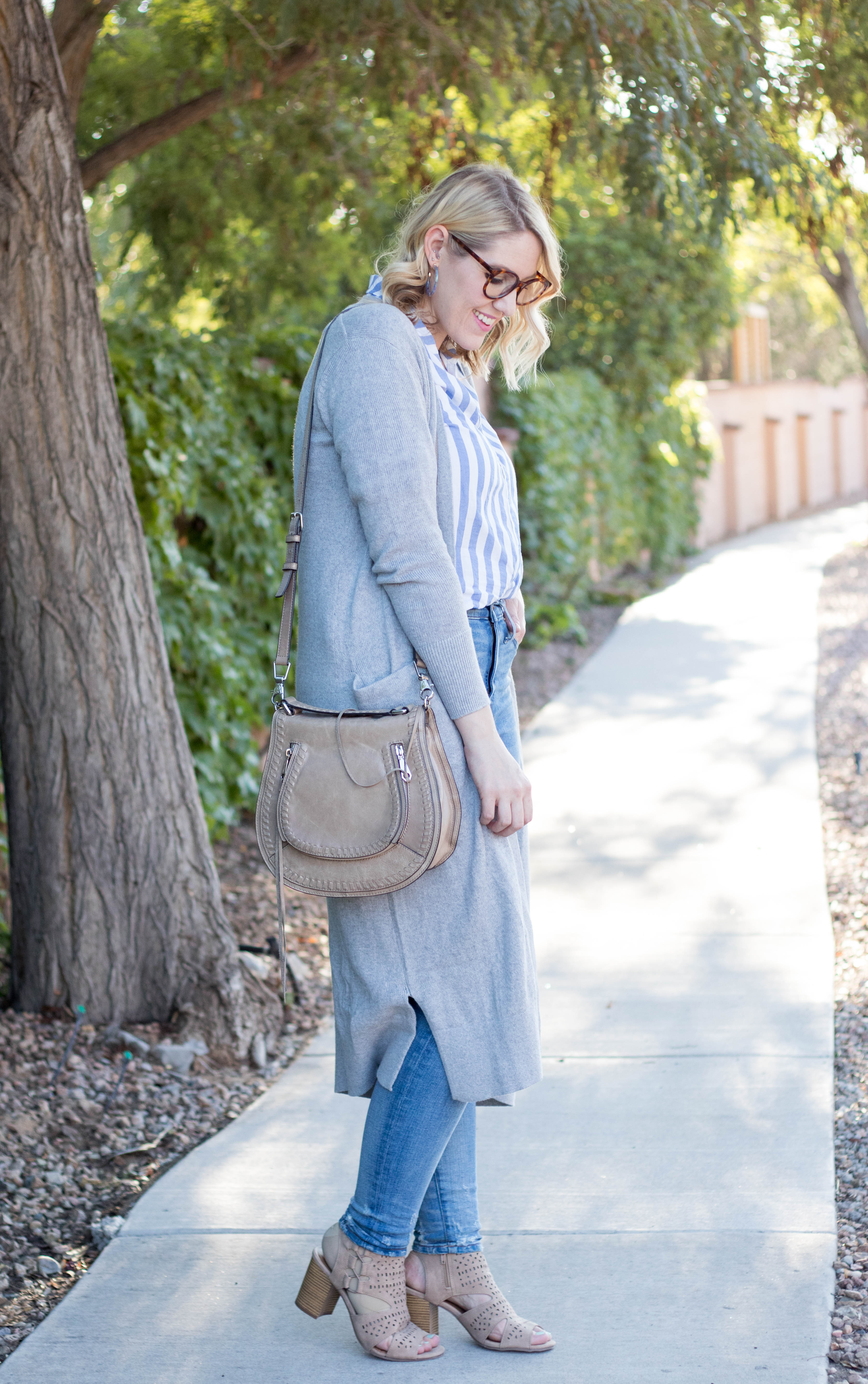 how to wear a long cardigan #cardigan #summertofall #falloutfit