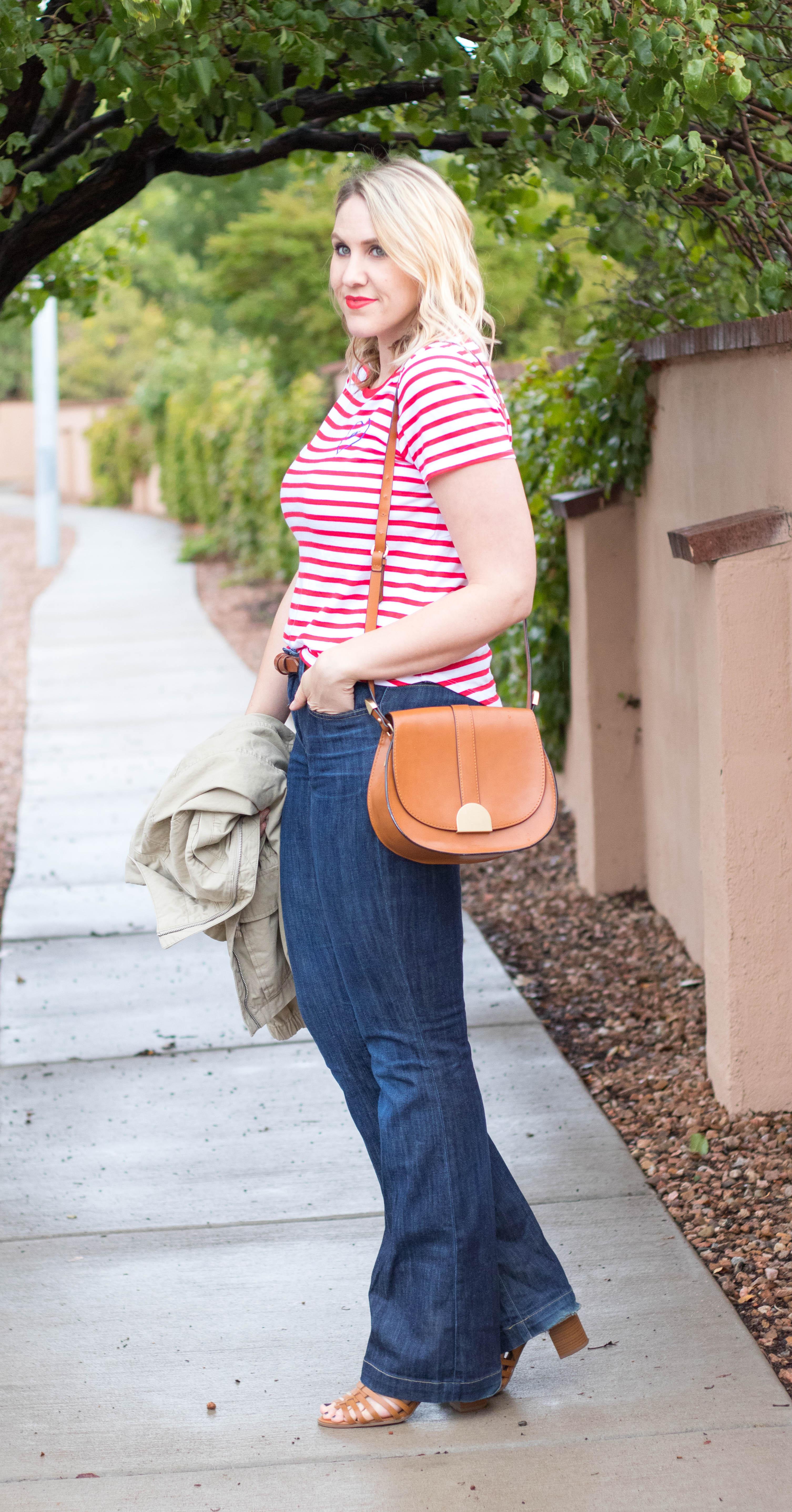 how to style flare jeans #gap #meetmeinthegap #fallfashion #fashionblogger