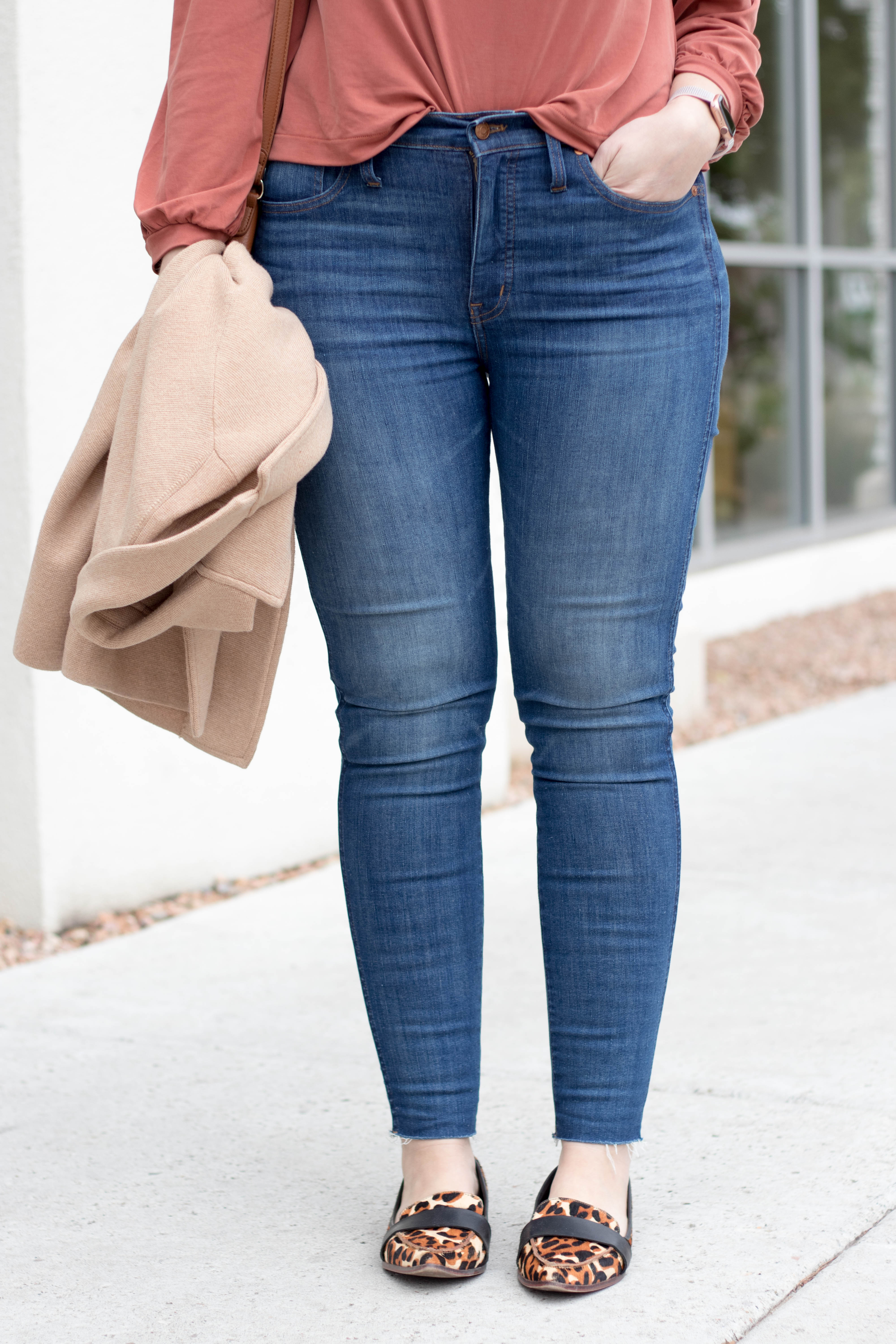 madewell high rise jeans #tallfashion #madewelljeans #madewell #leopardflats
