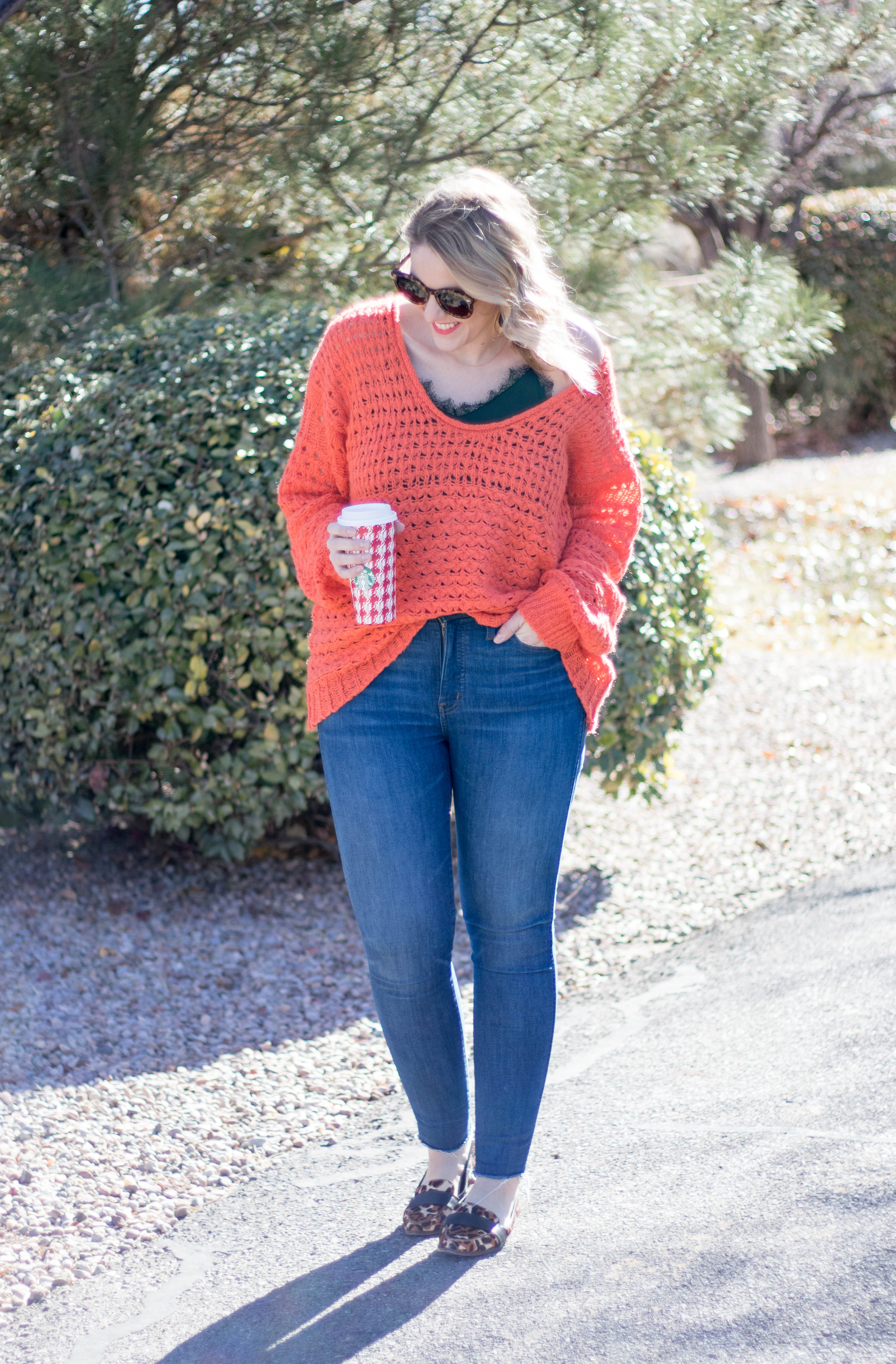 free people chunky sweater #freepeople #chunkysweater #holidaystyle