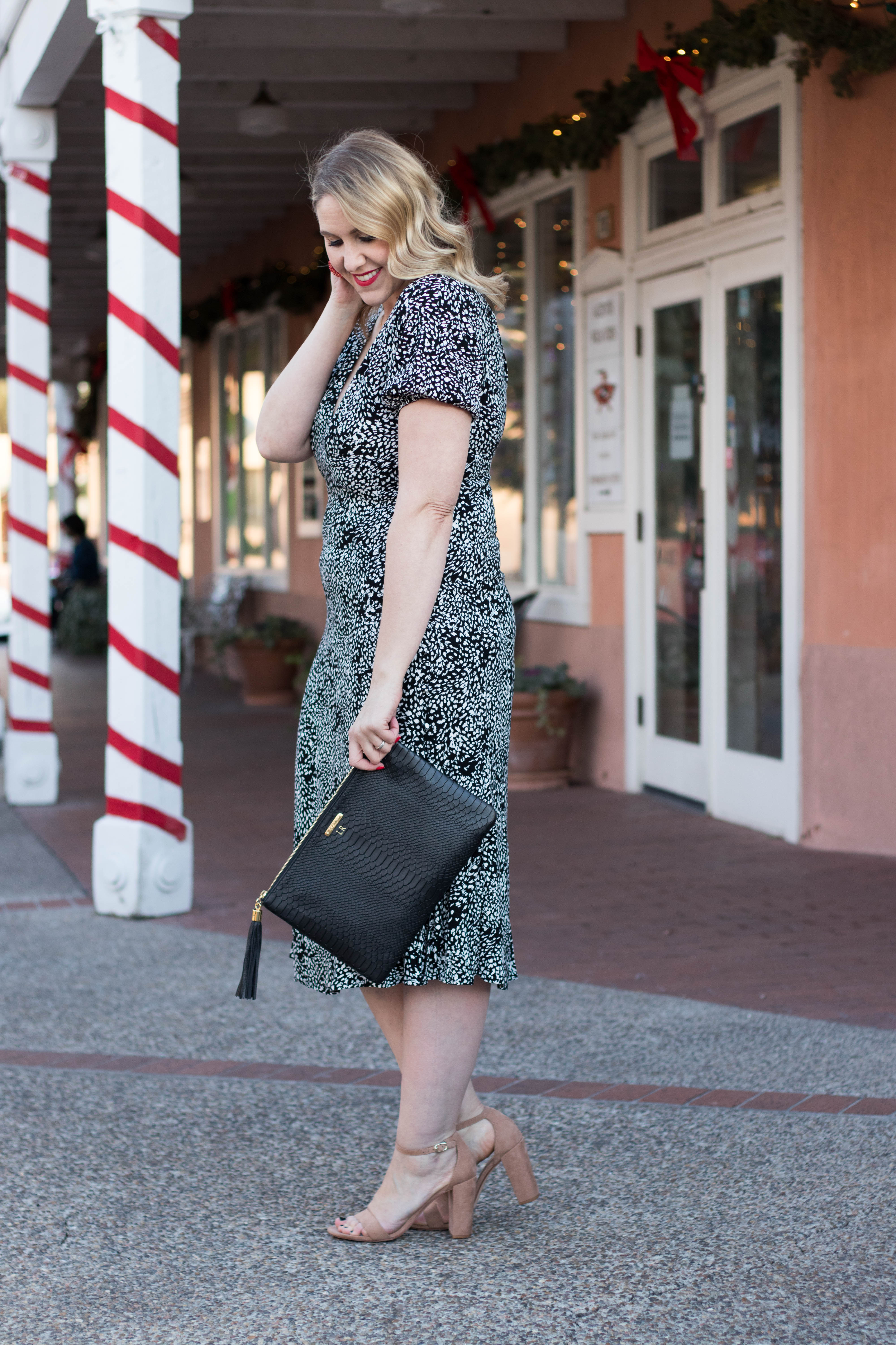 free people dress for the holidays #freepeopledress #holidaystyle #theweeklystyleedit