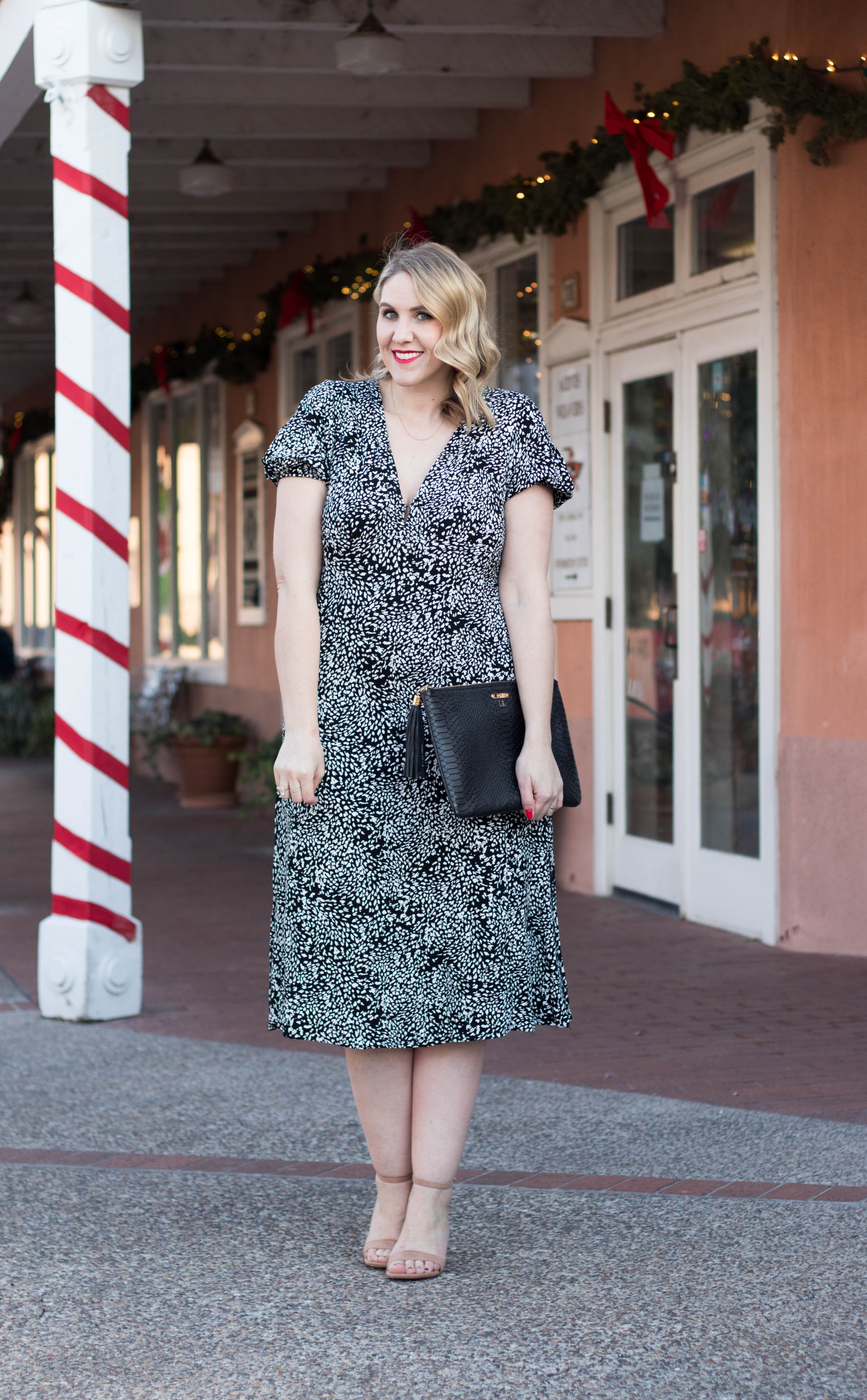what to wear for the holidays #oldtownalbuquerque #holidays #holidayfashion