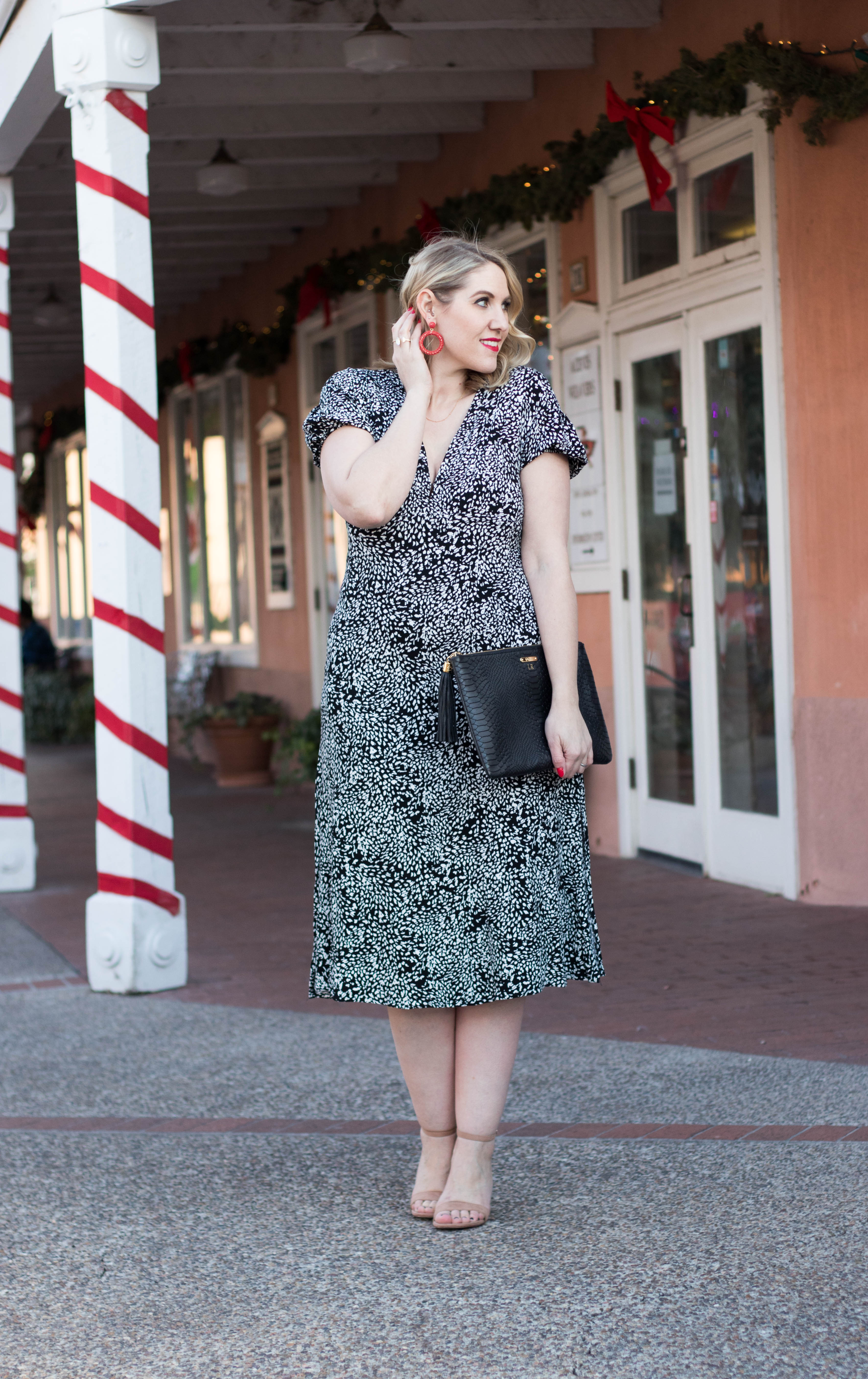 free people dress for the holidays #holidaystyle #christmasoutfit #mididress