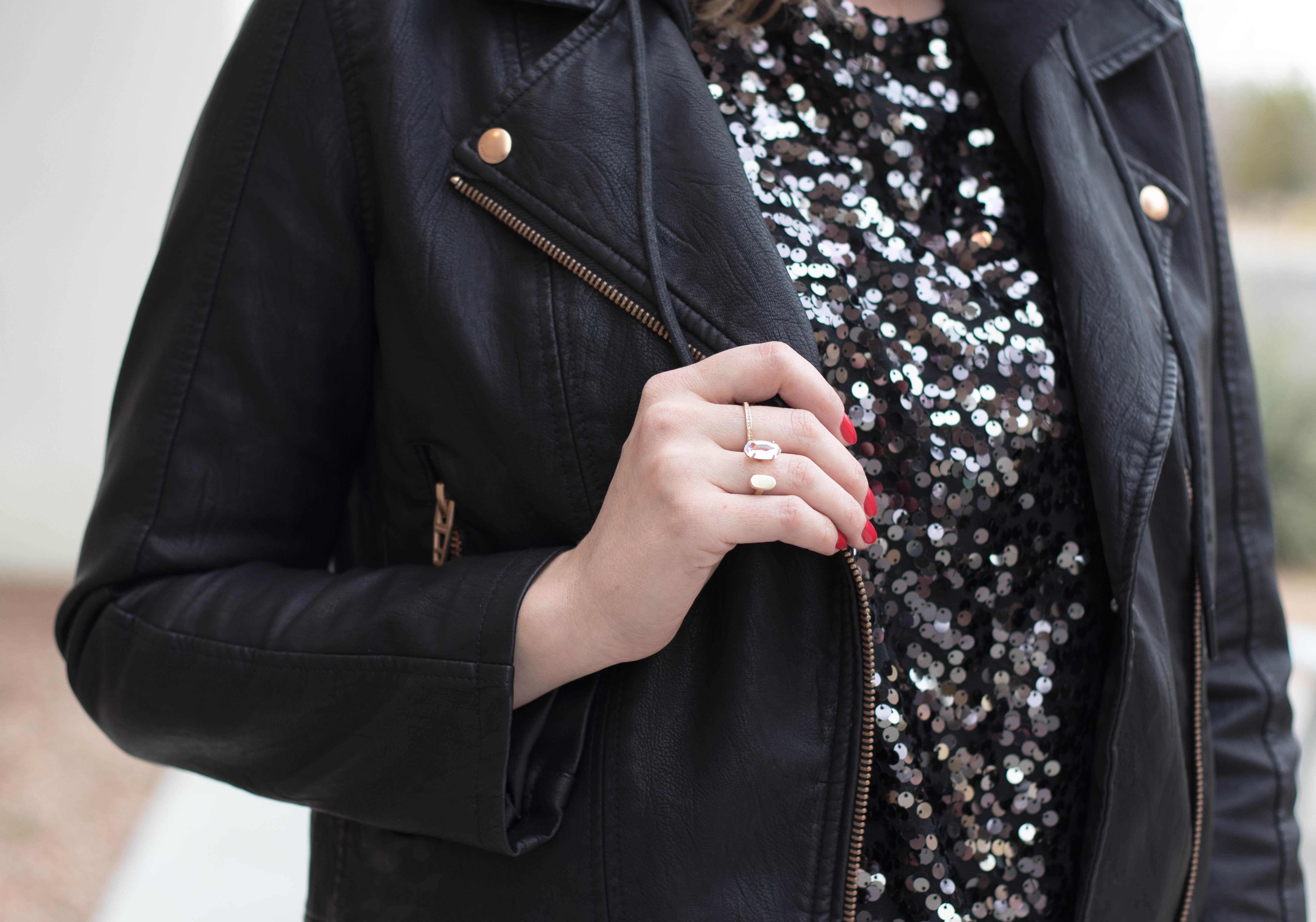 Kendra Scott statement ring #kendrascott #sequintop #leatherjacket