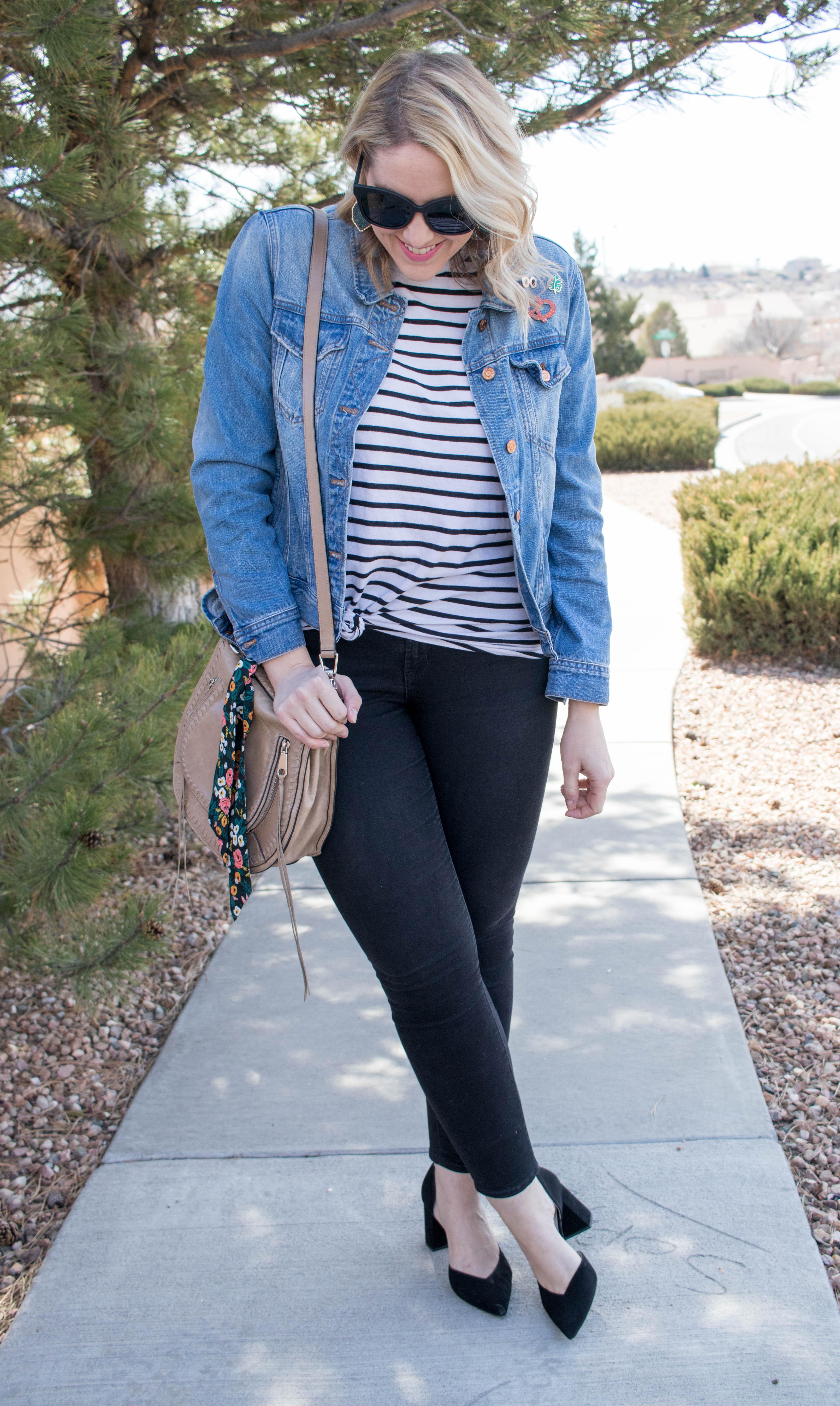old navy rockstar jeans jcrew denim jacket outfit #oldnavystyle #springstyle #fashionblogger