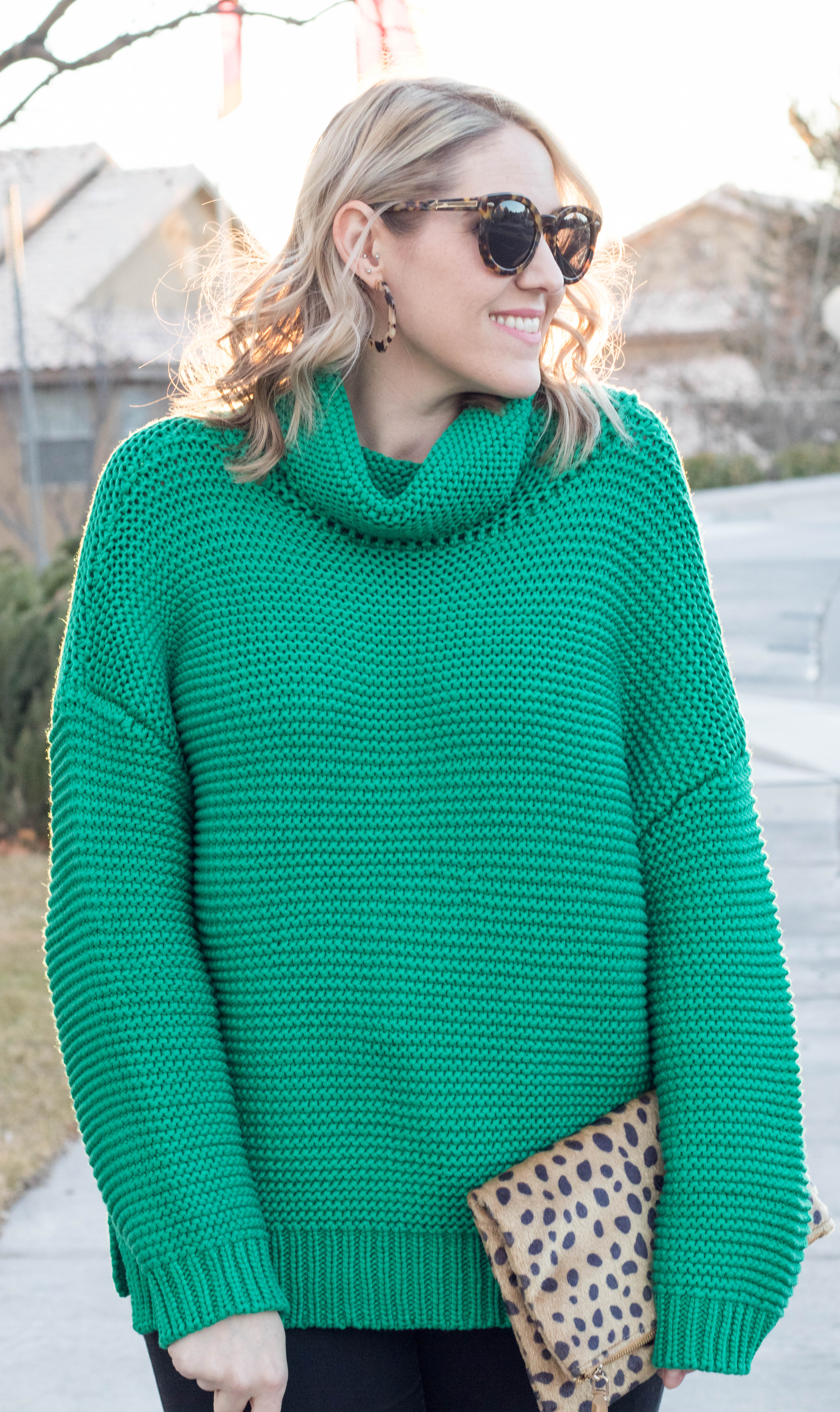 oversized turtleneck sweater for winter #sweater #vicidolls #winterstyle