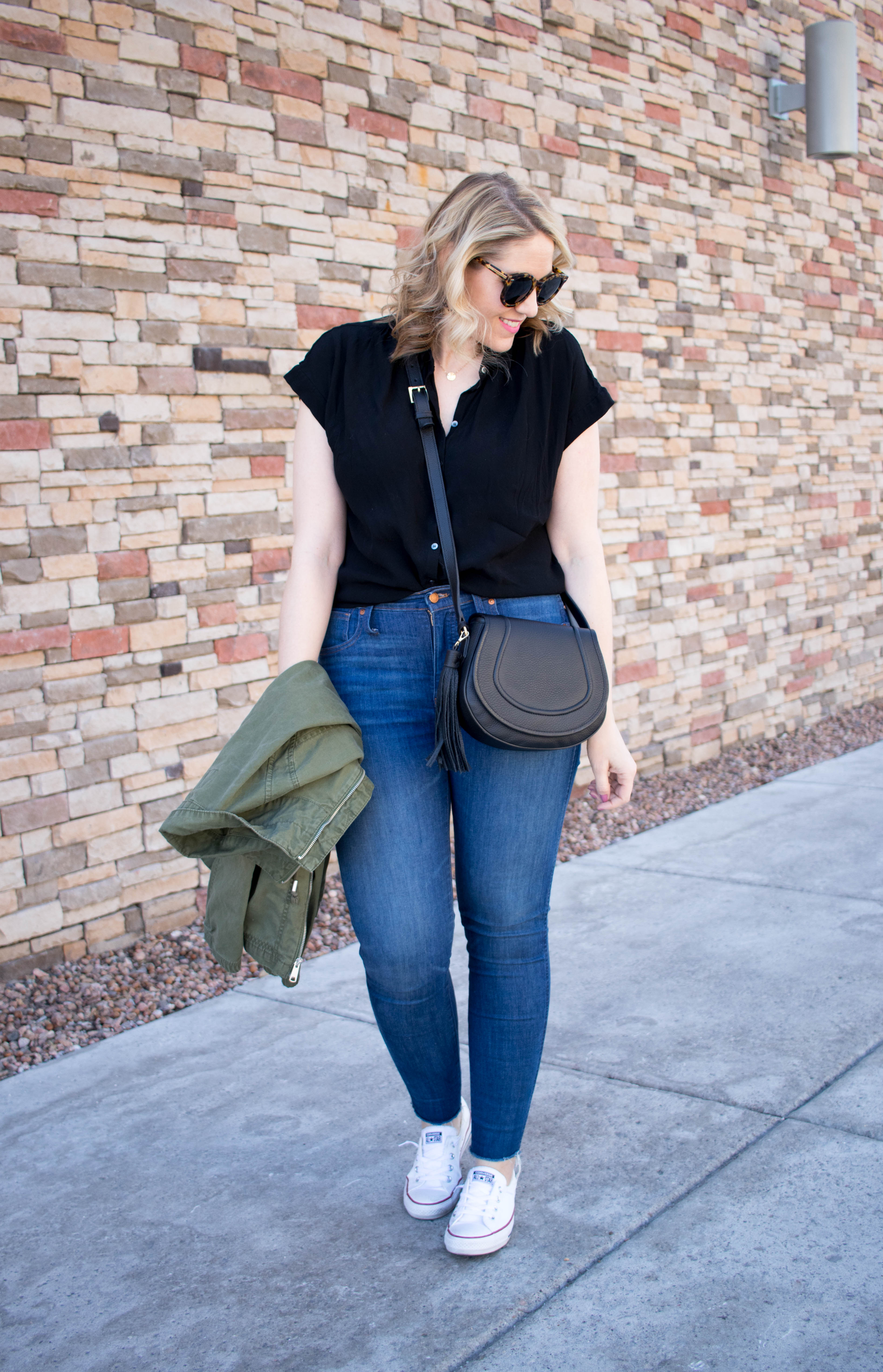 madewell jeans and central drapey shirt outfit #everydaymadewell #madewell #jeansoutfit