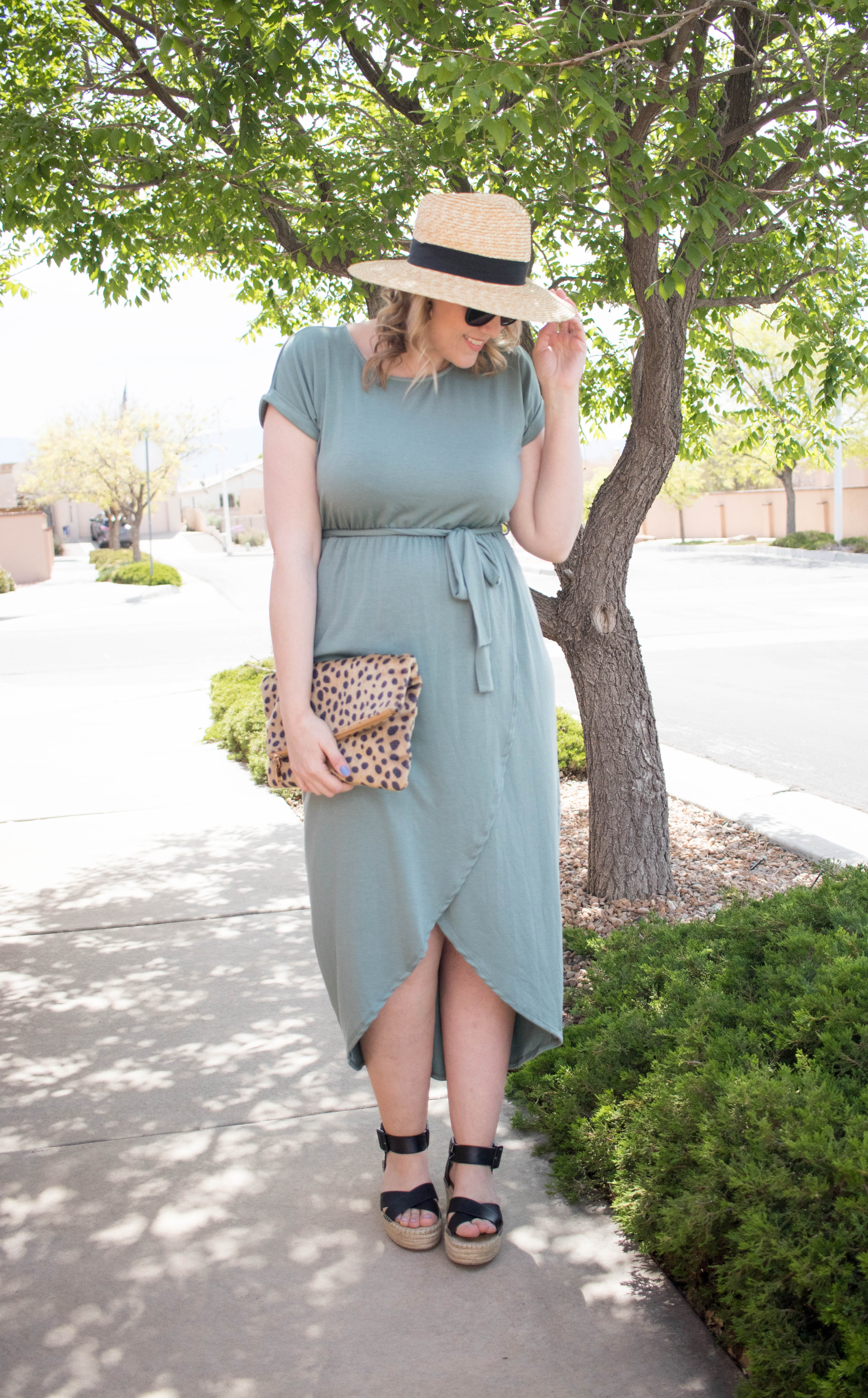 how to style a straw hat for spring #springstyle #theweeklystyleedit #fashionlinkup