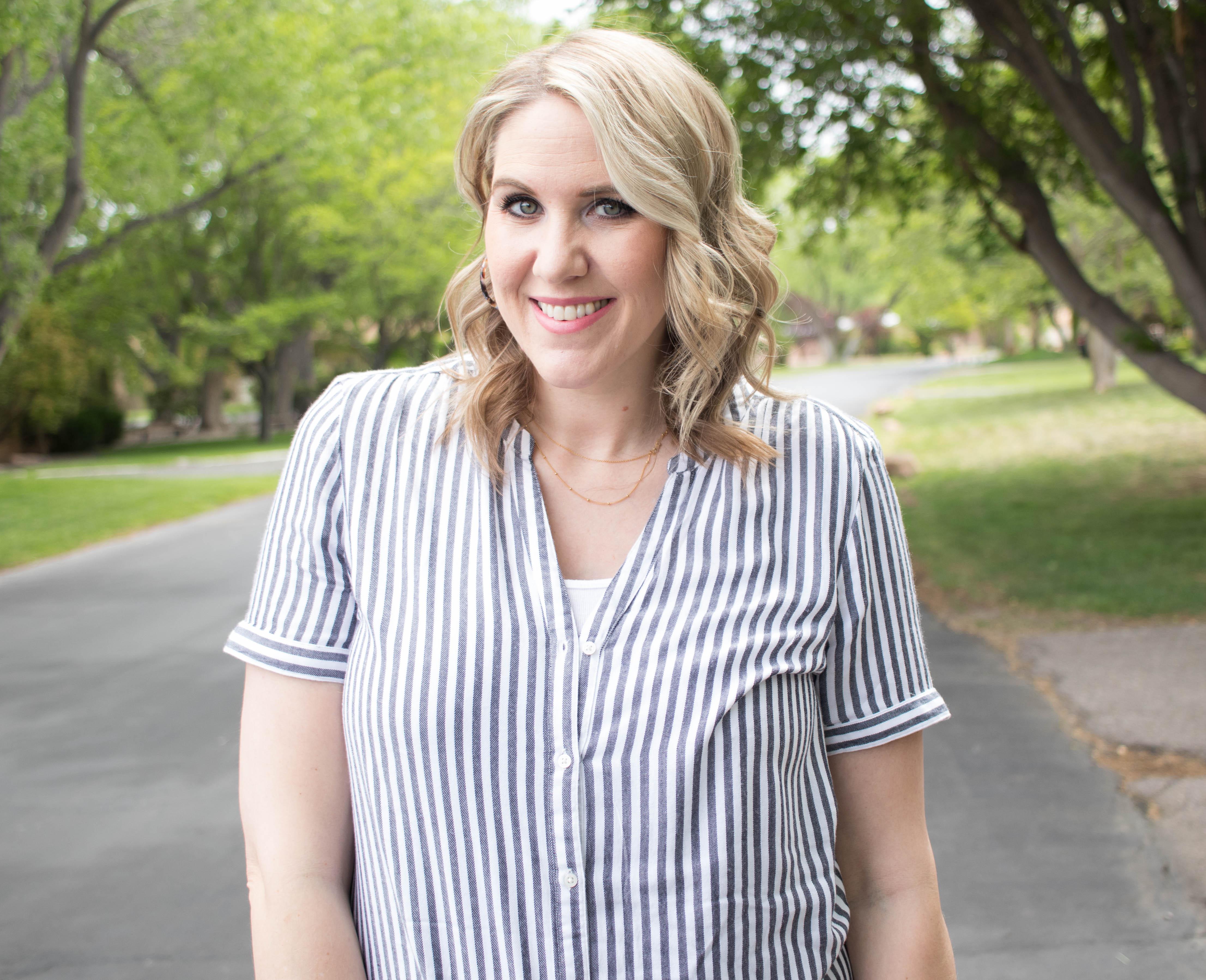 gap maternity striped blouse #bumpstyle #maternitystyle #gap