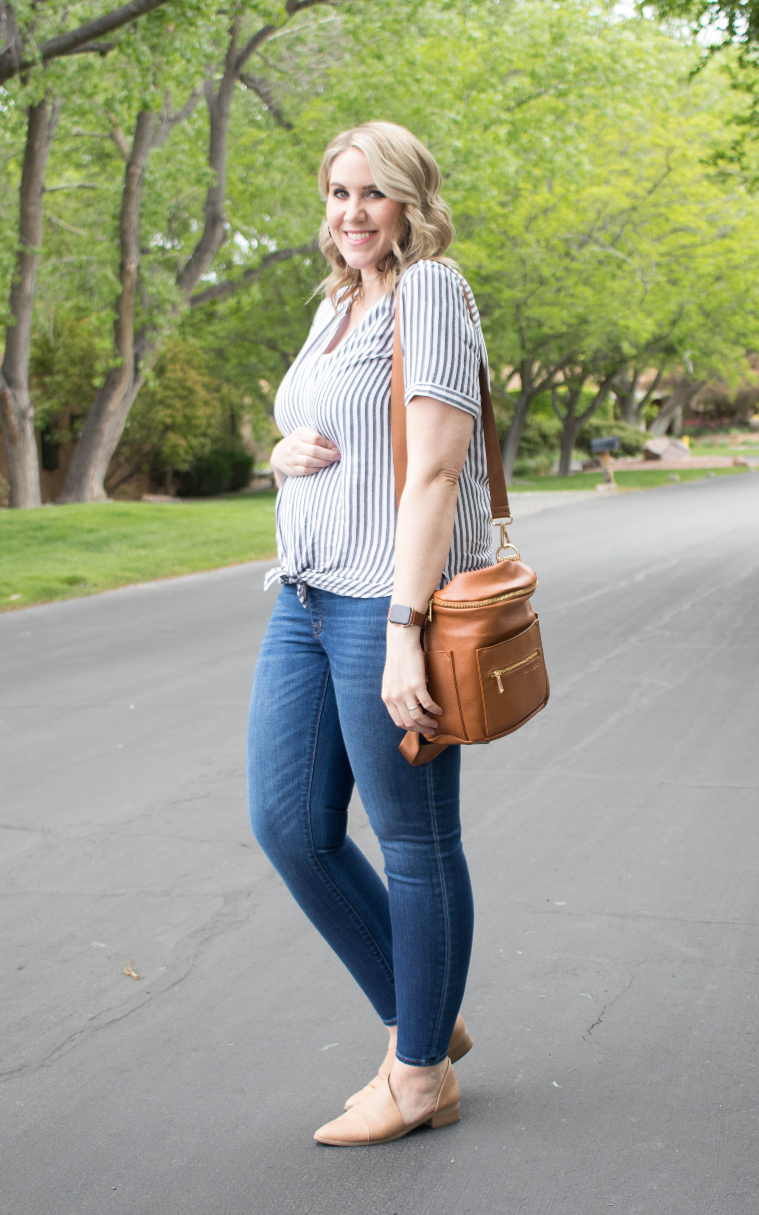 my new favorite maternity jeans madewell maternity #madewell #maternityclothes #maternityfashion