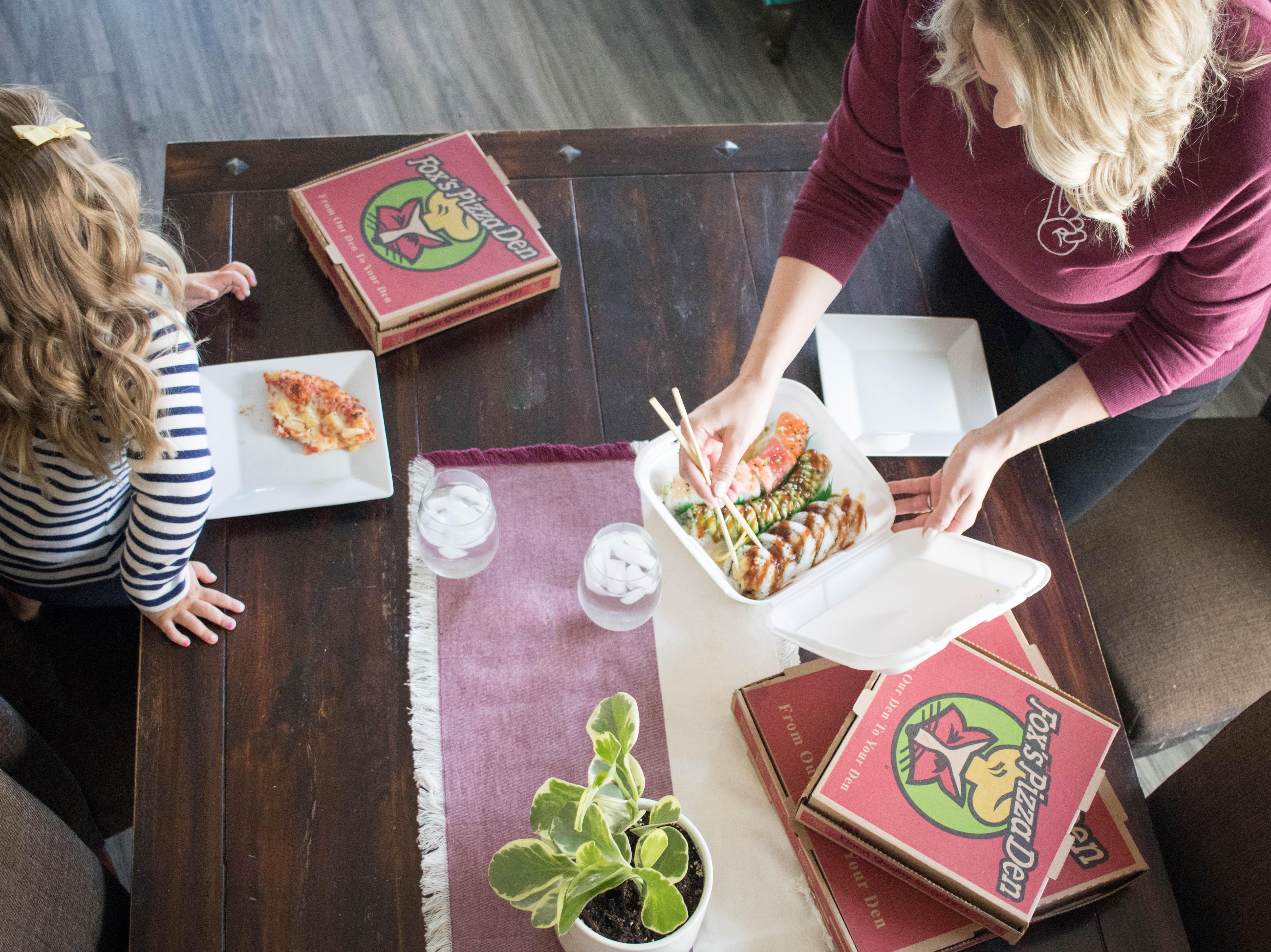 ordering in with grubhub girls night #dinnertime #grubhub #sushi #pizza
