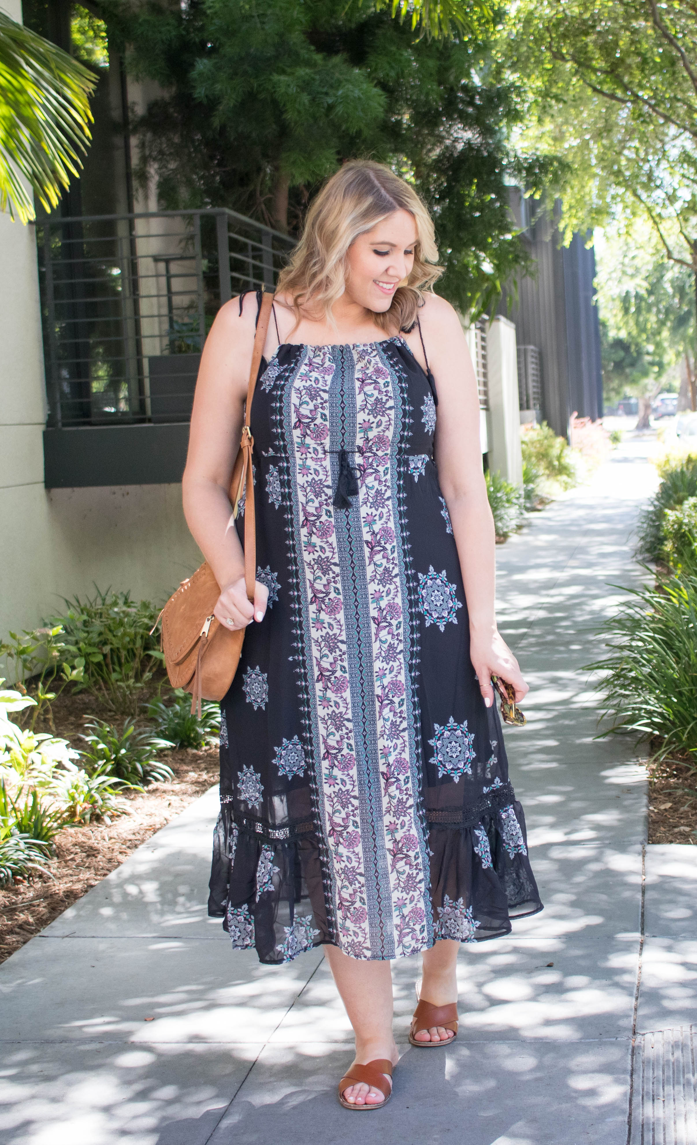 Bella Ella boutique maxi dress summer outfit #summerstyle #bohostyle #styleblogger