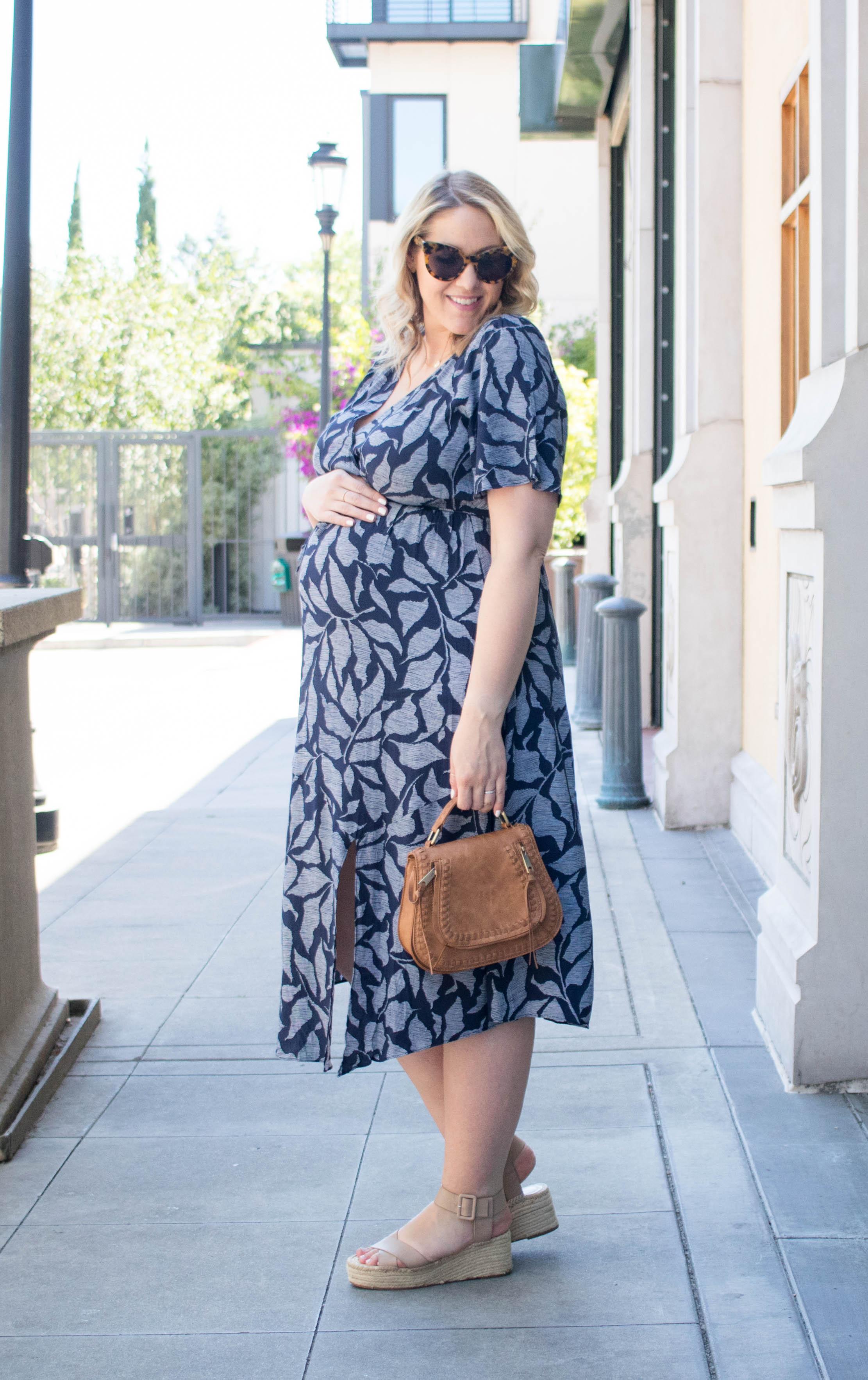 ingrid & isabel maternity wrap dress outfit #maternitystyle #pregnancystyle #maternitydress