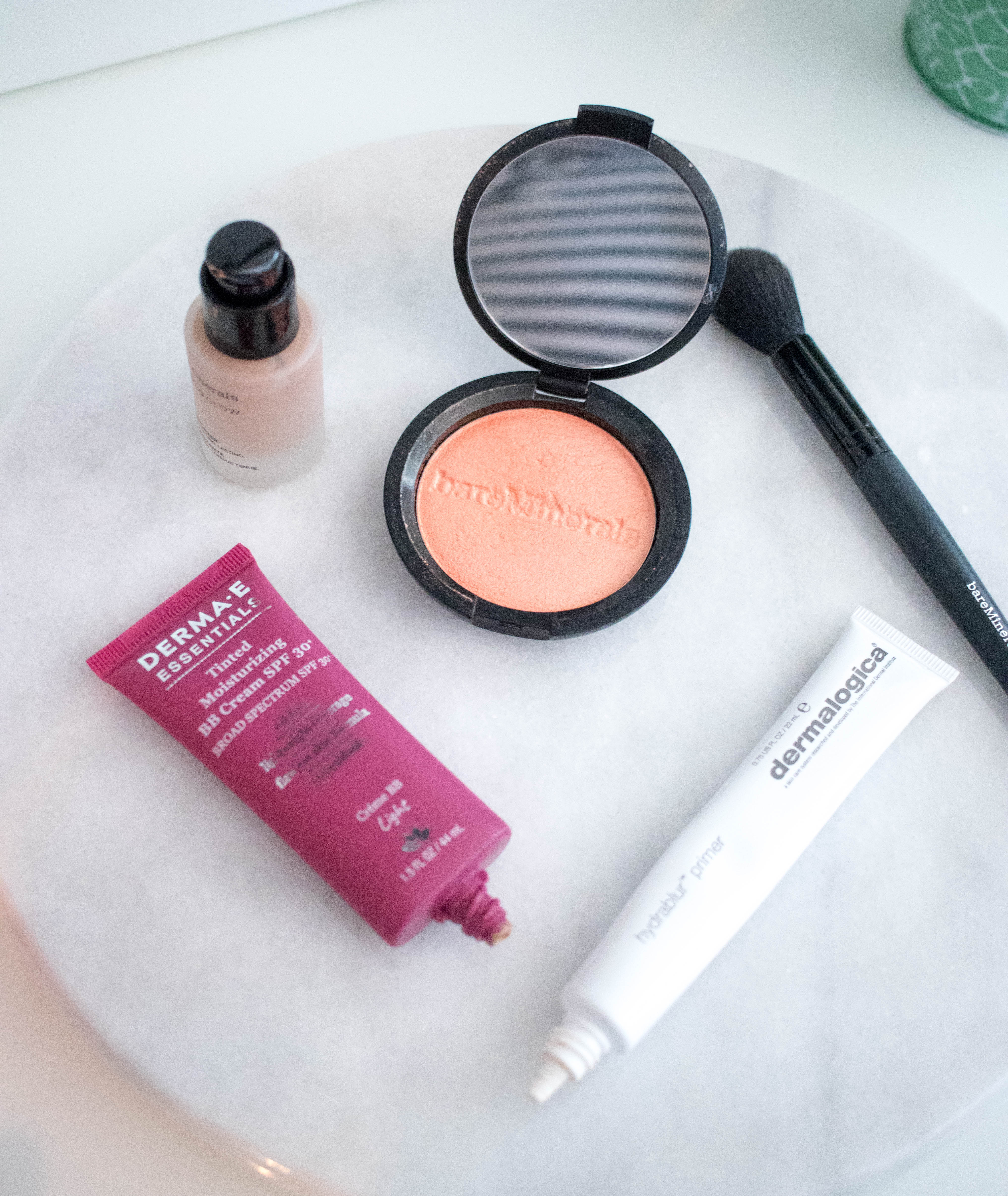 favorite summer makeup products clean beauty favorites #cleanbeauty #dermae #bareminerals