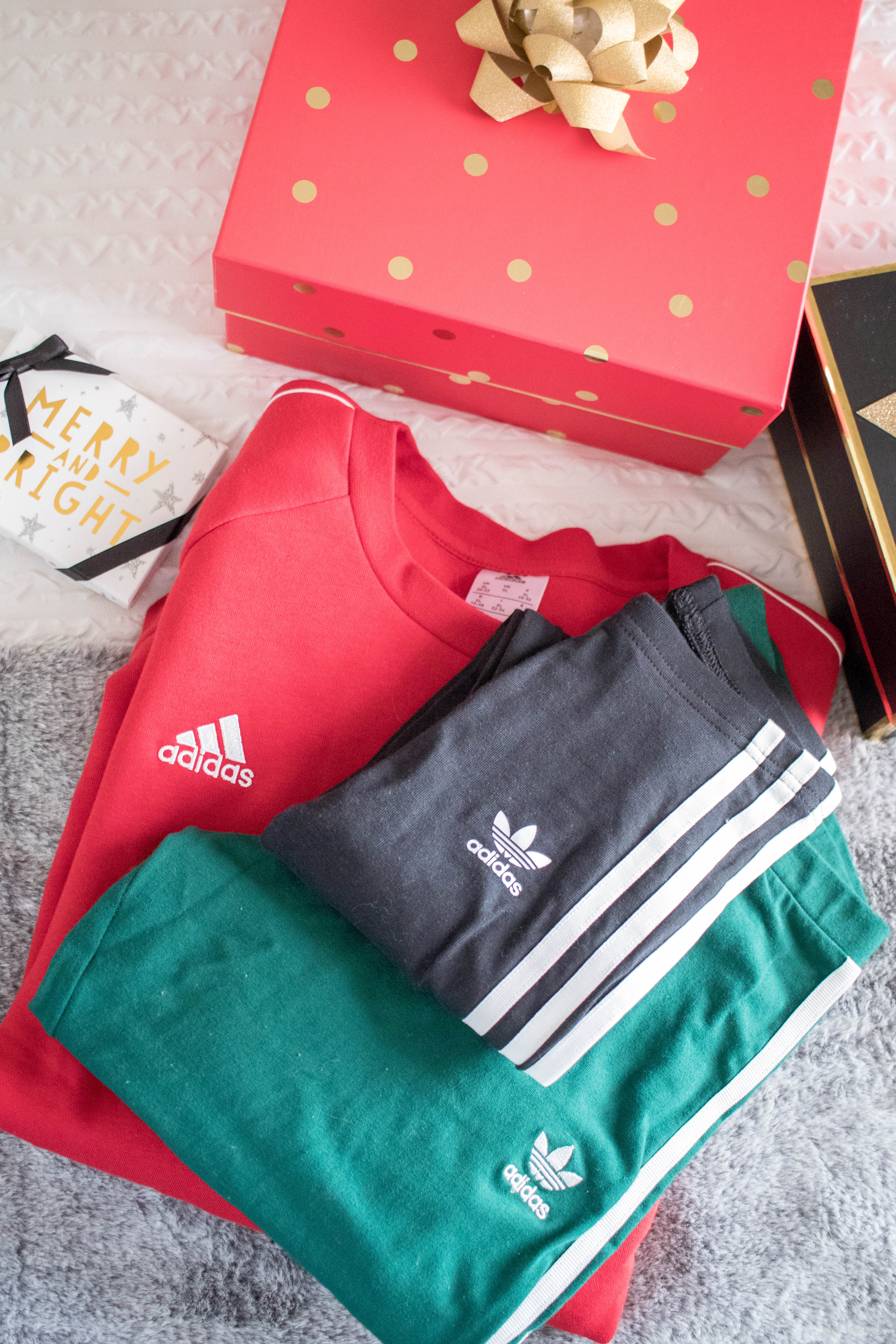 getting ready for the hoildays with adidas #holidaystyle #Adidas #christmas