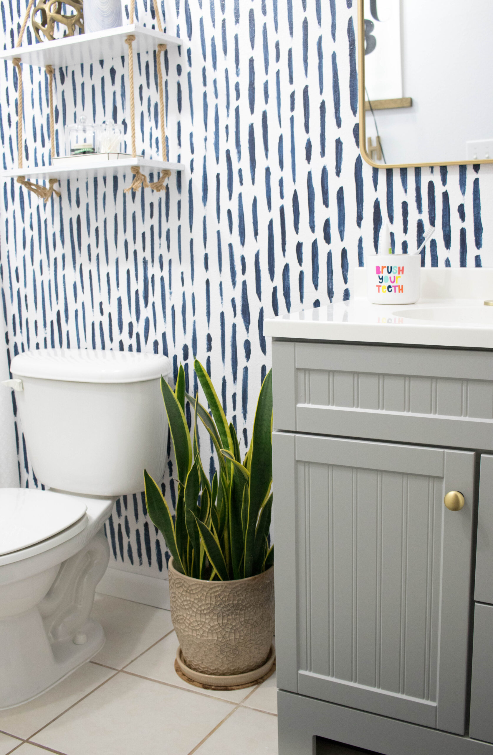 diy guest bathroom refresh #guestbathroom #bathroomremodel