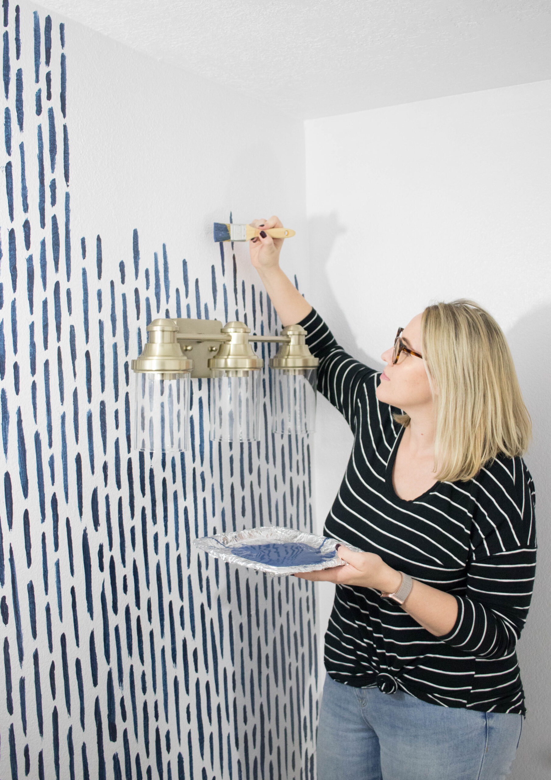 diy accent wall bathroom rustoleum #diy #accentwall #diypainting