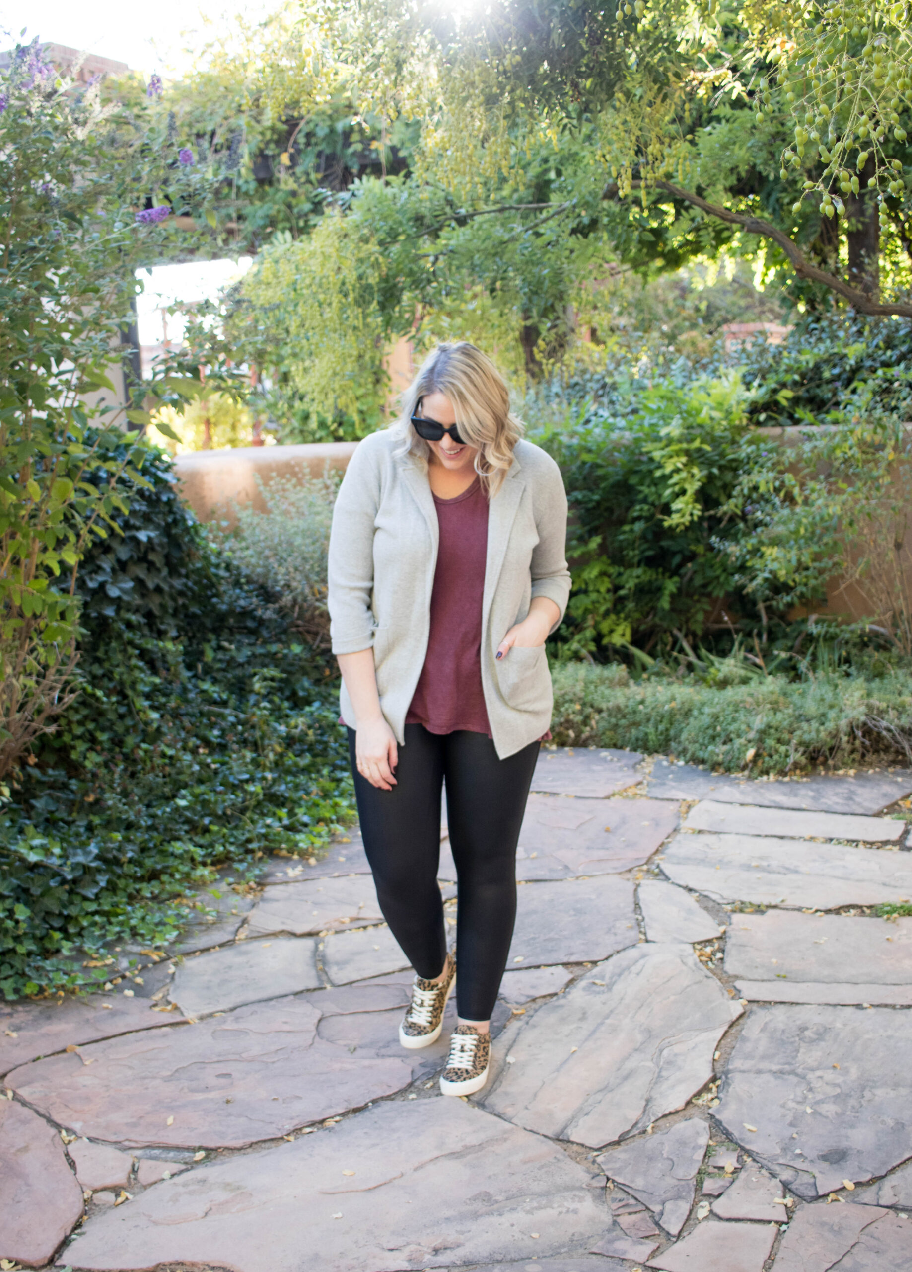 spanx faux leather leggings outfit for fall #spanx #fallfashion #leopardshoes
