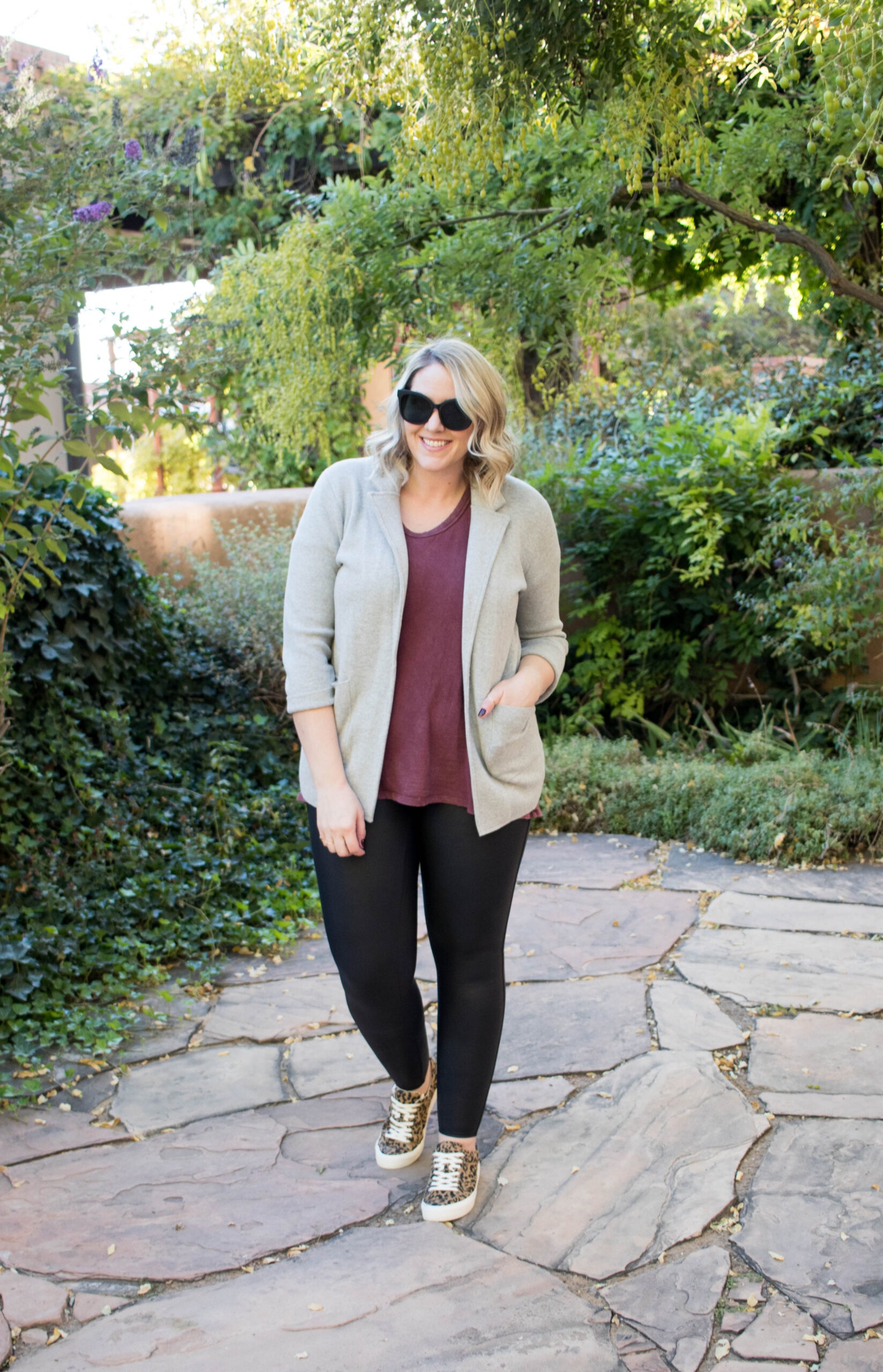 fall layers outfit with spanx leggings #falloutfitideas #curvystyle #jcrewblazer