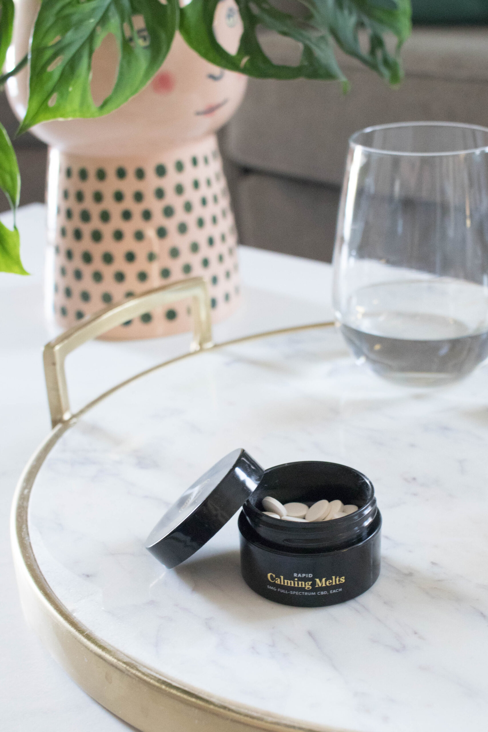 Equilibria rapid calming melts CBD review #myeq #cbdreview #equilibria